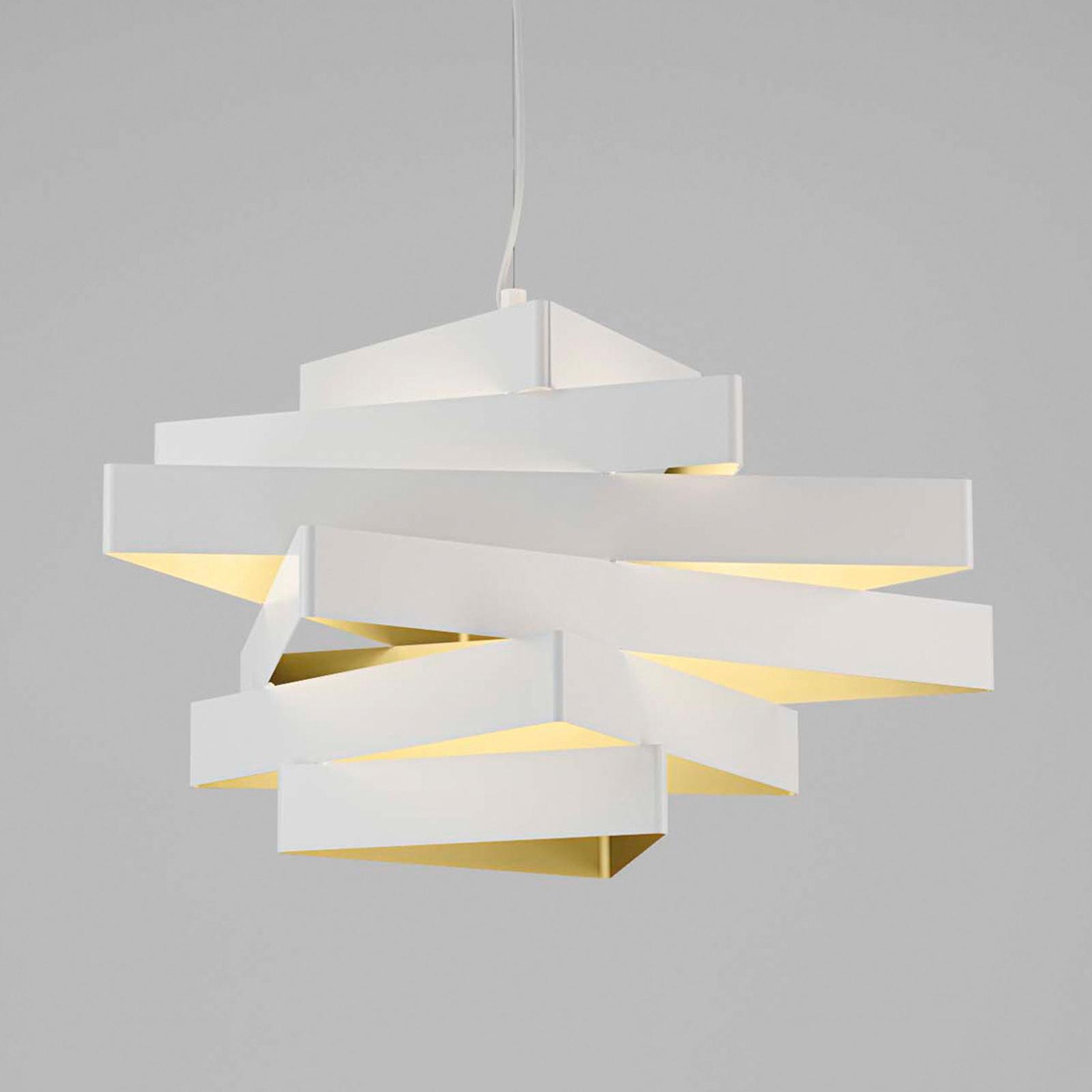 Lampa wisząca wykonana z trzech trójkątów Miles
