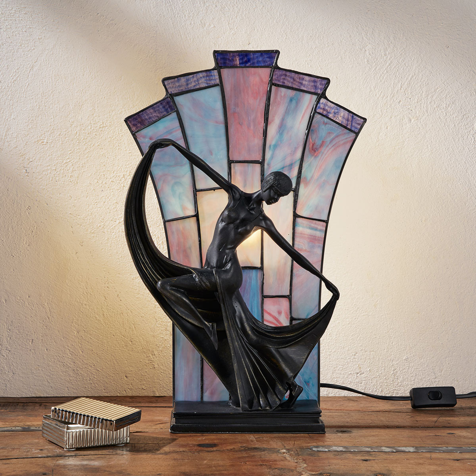 Tischleuchte Flamina im Tiffany-Stil