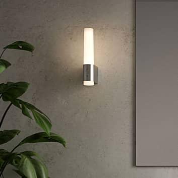 LED-badrumsvägglampa Helva Night, krom
