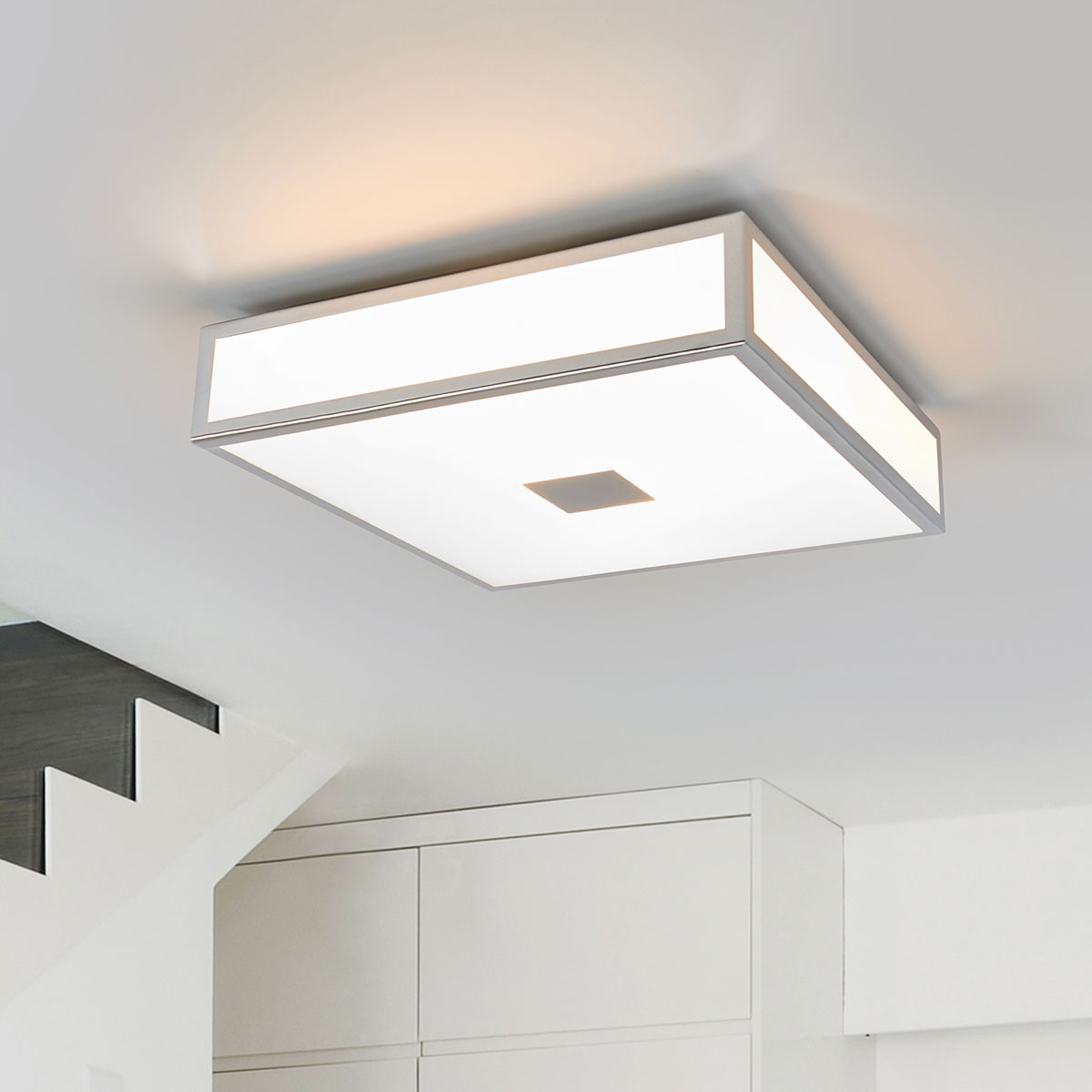 Eniola - kvadratisk taklampe IP44