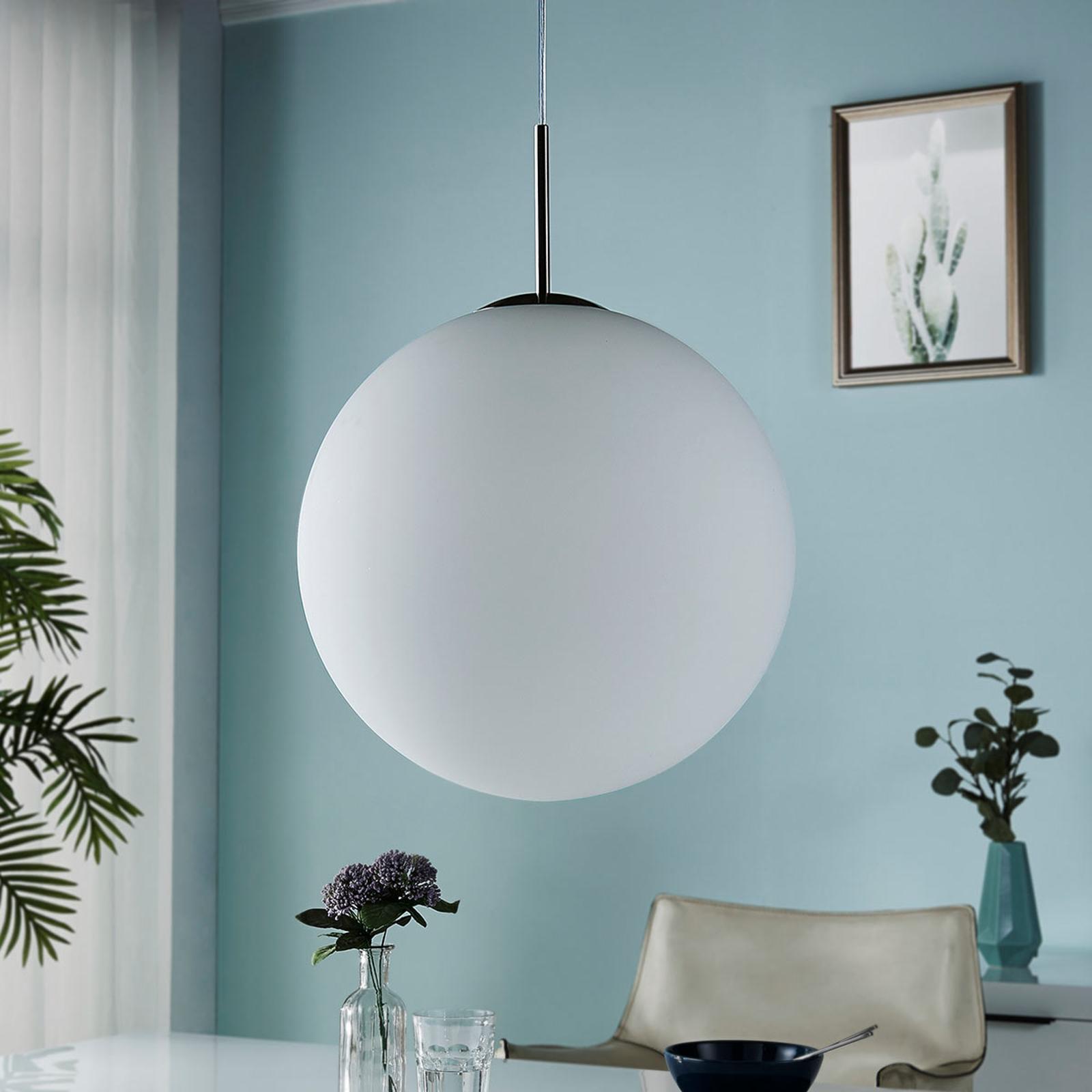 Lampa wisząca Marike, kula, szkło opalowe, biała