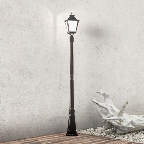 Elegant stolplampa VIVIANA, nostalgisk atmosfär