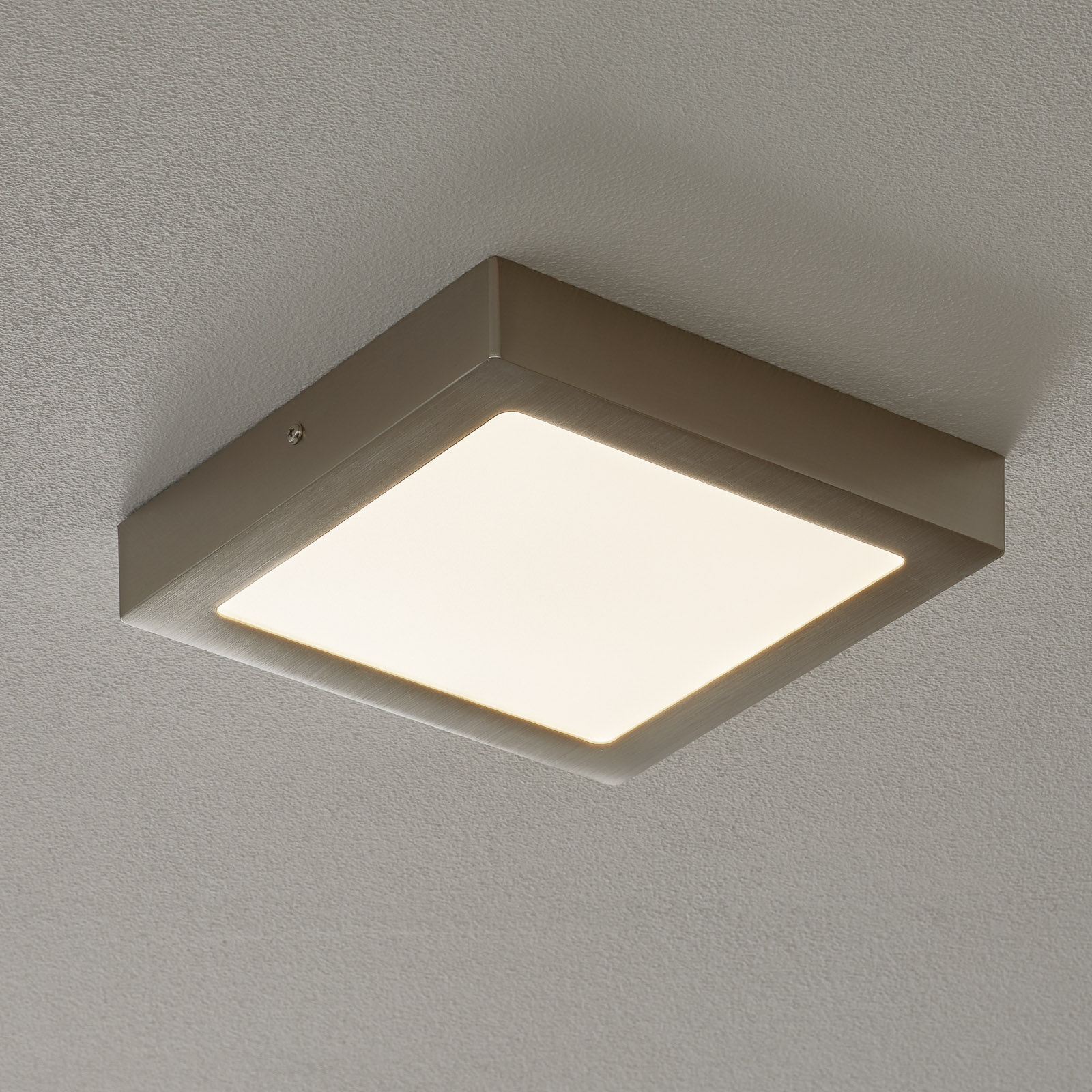 Lampa sufitowa LED Fueva-Connect 22,5 cm, nikiel