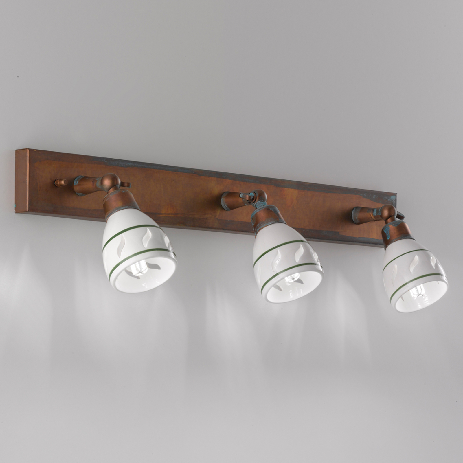 Bassano wall lamp with antique finish_2008276_1