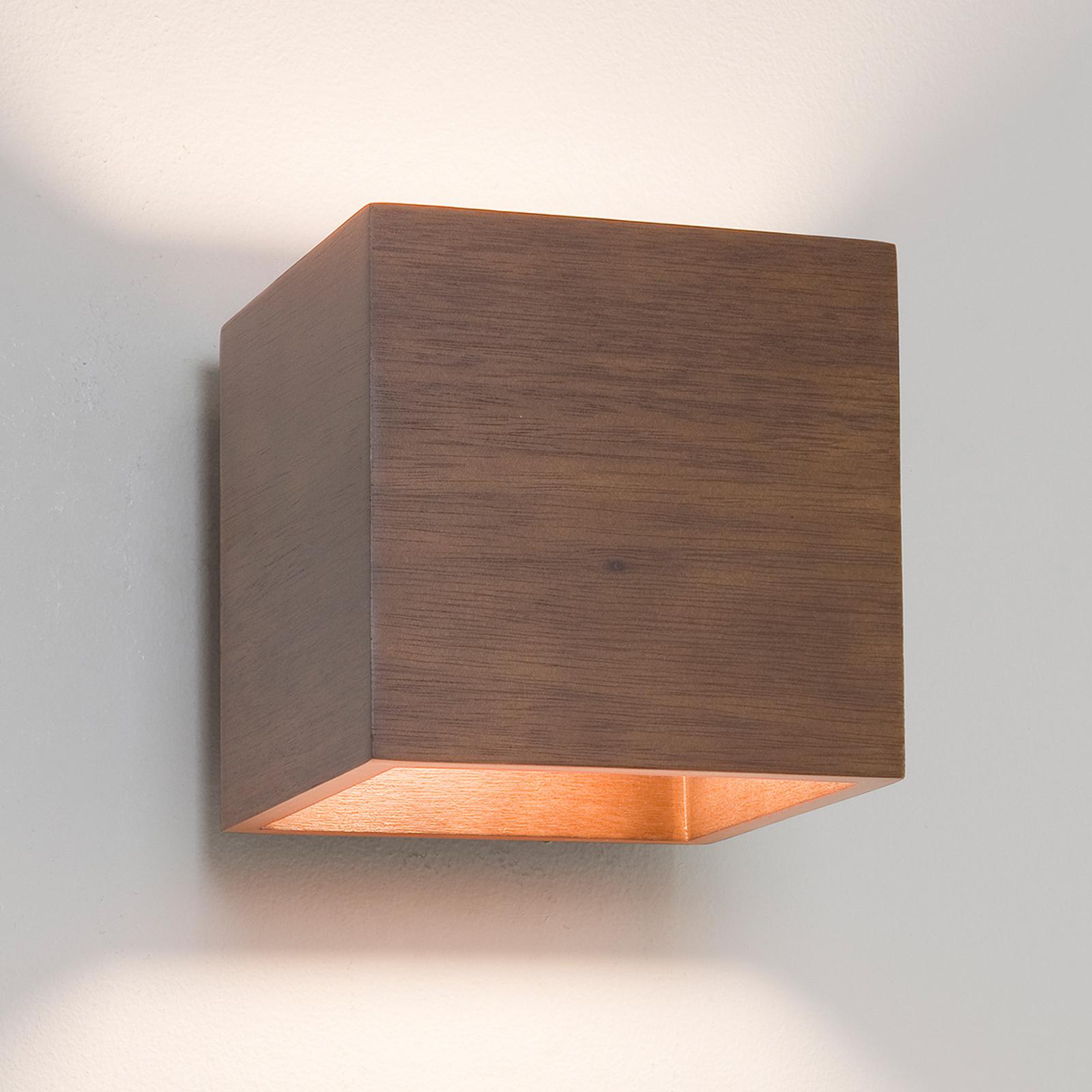Astro Cremona - würfelförmige Holz-Wandleuchte