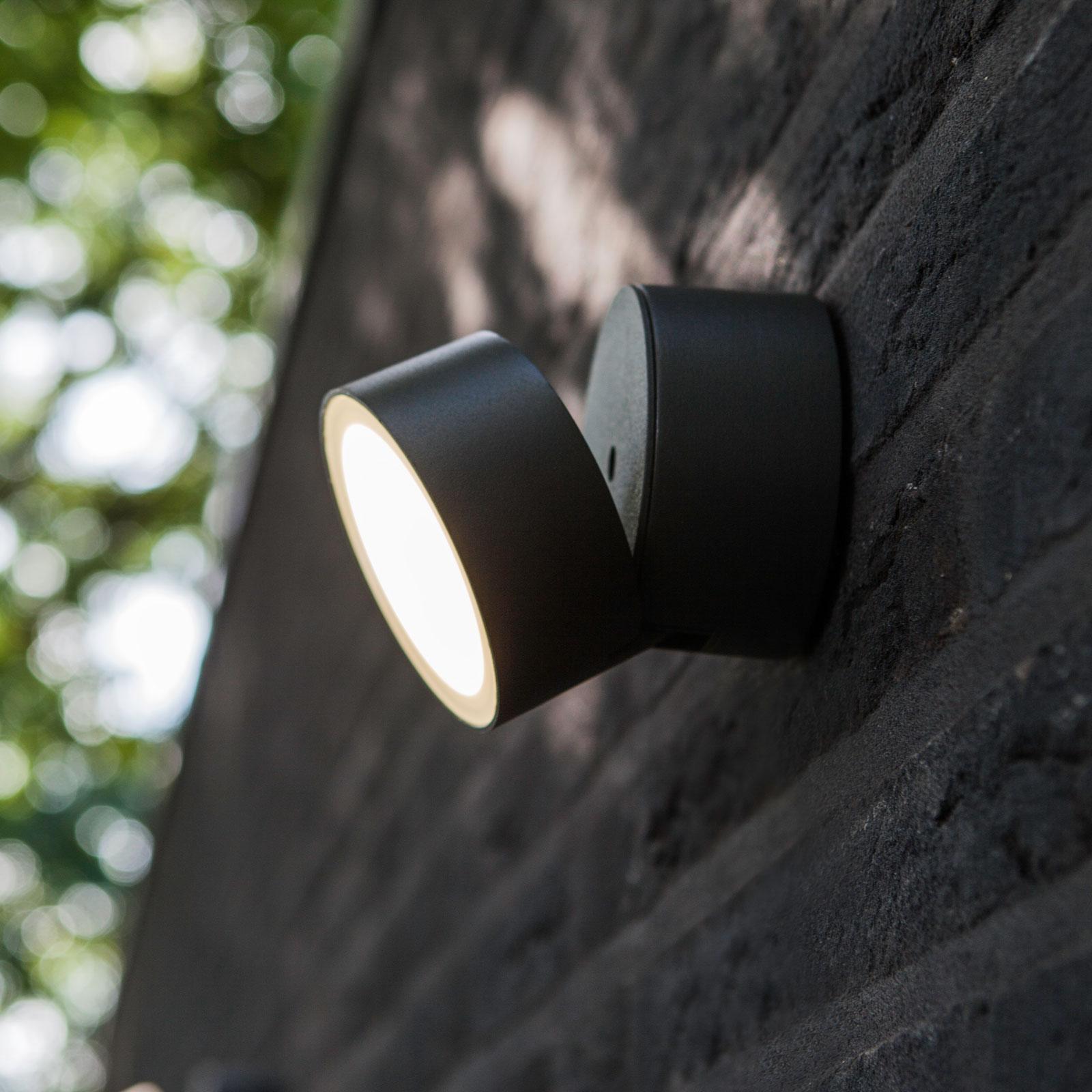 Vippbar utendørs LED-vegglampe Trumpet