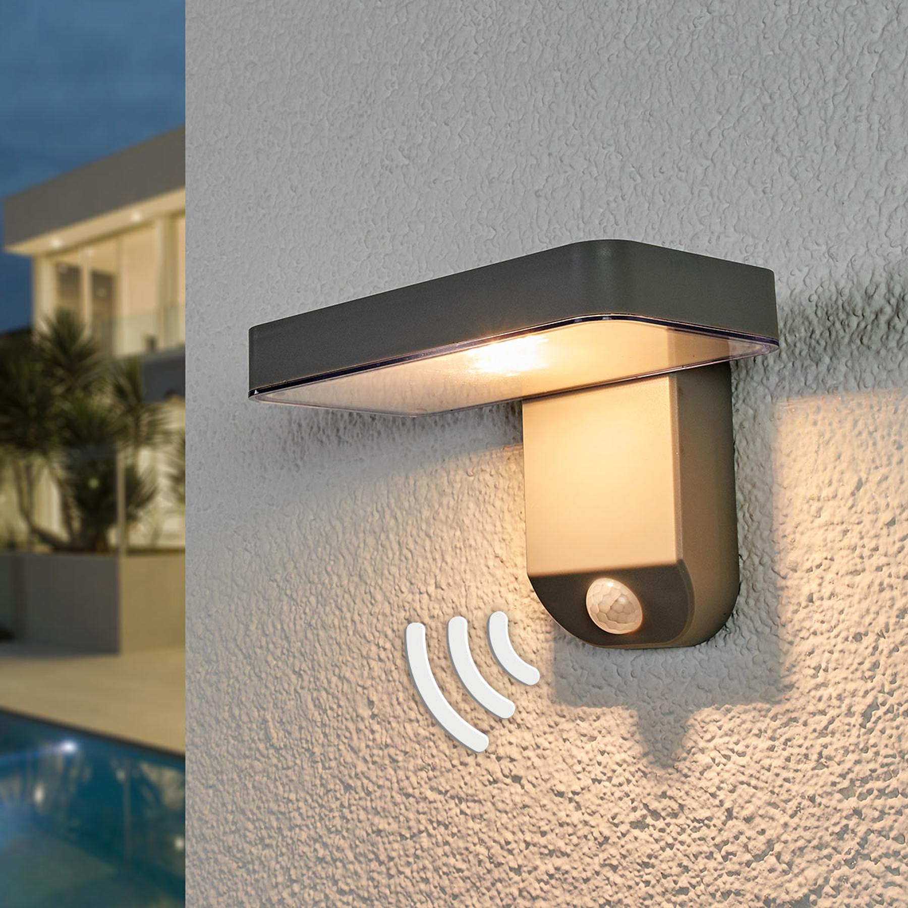 Lampa solarna LED Maik, czujnik, montaż ścienny
