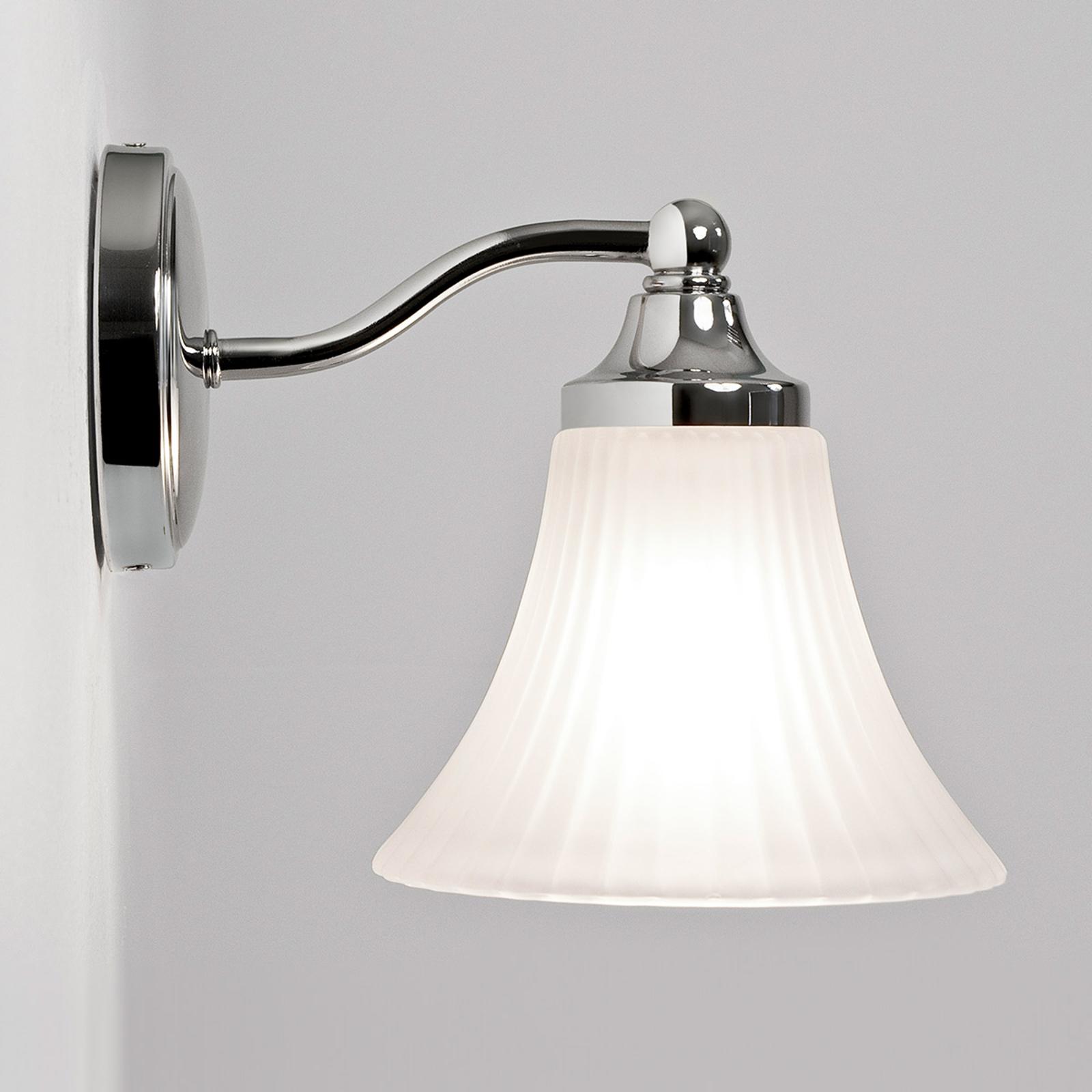 Astro Nena – nástěnné světlo do koupelny