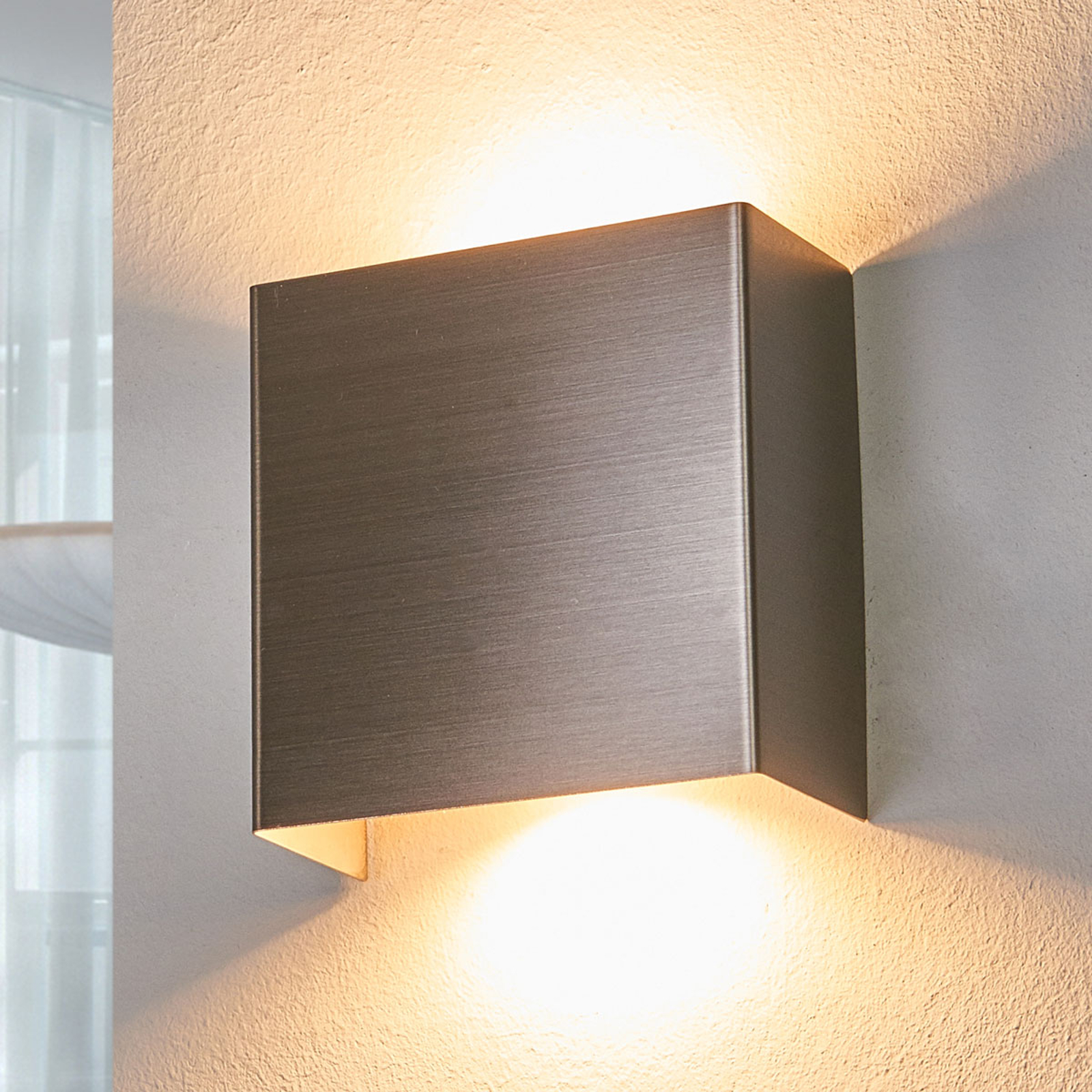 LED-Wandleuchte Manon, nickel satiniert, 10,5 cm