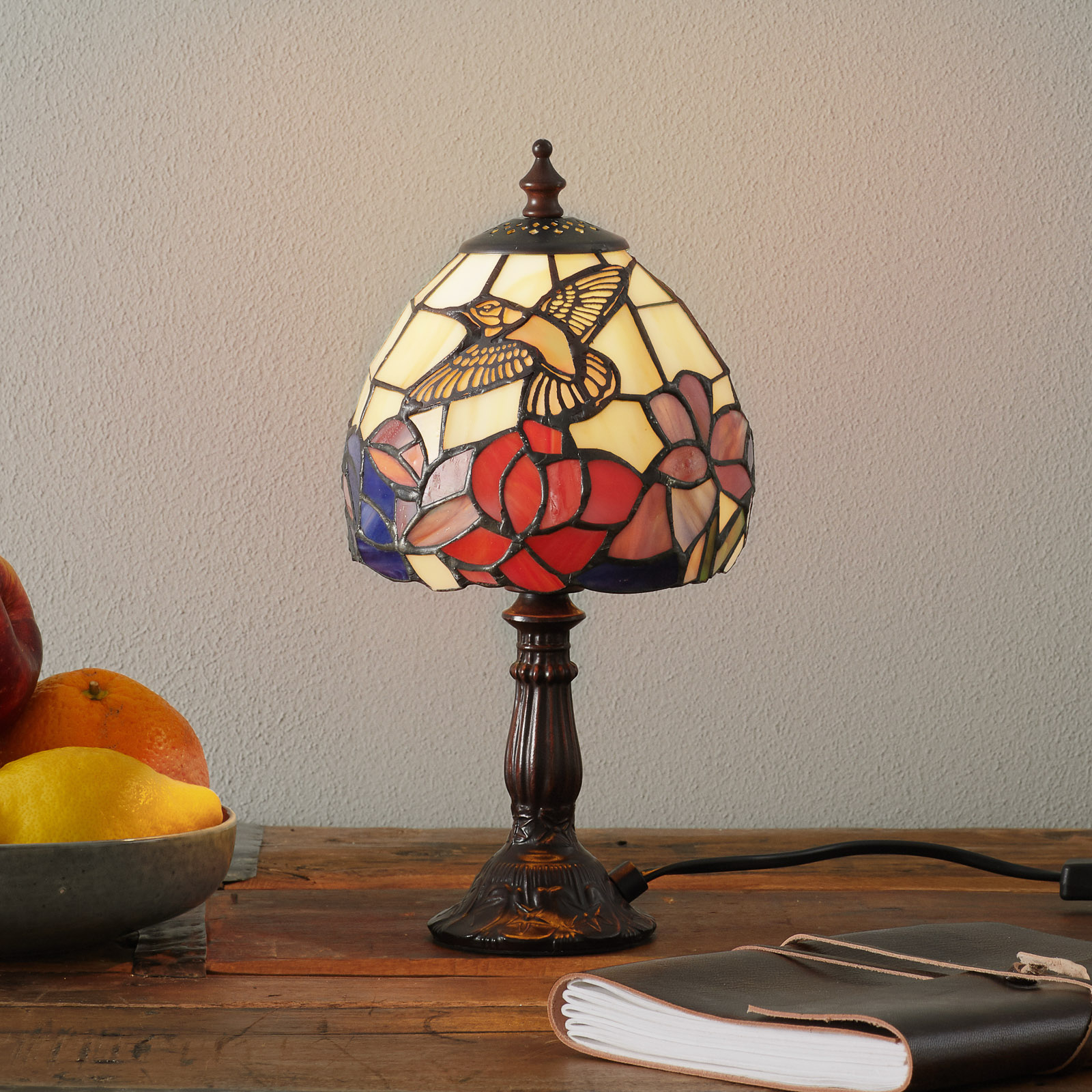 Vakker IRENA bordlampe i Tiffany-stil
