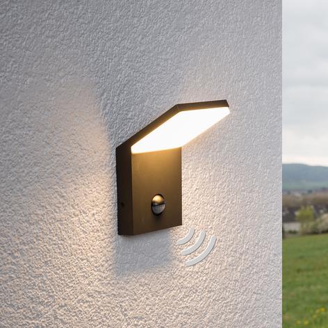 LED-buitenwandlamp Nevio met bewegingssensor