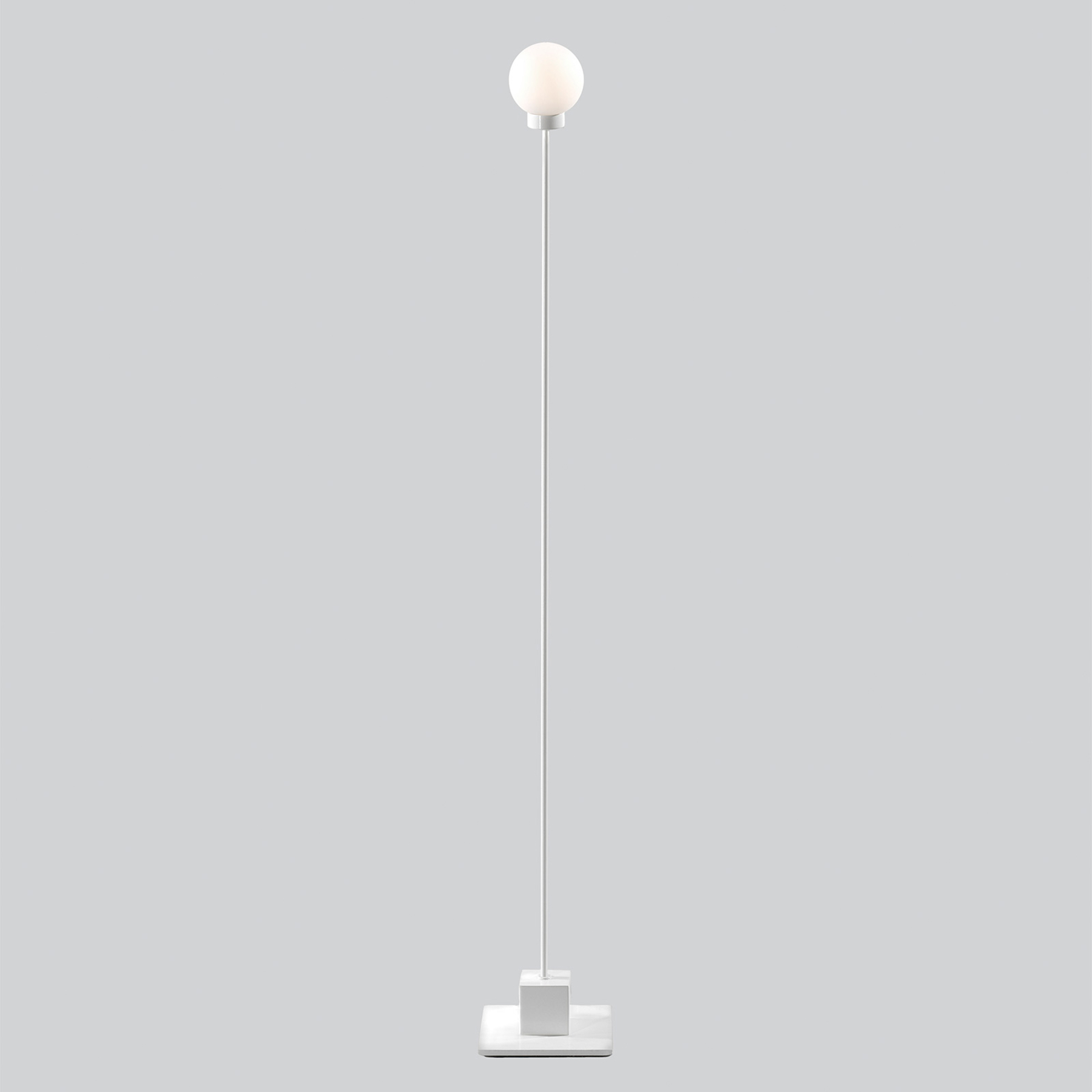 Northern Snowball vloerlamp, wit