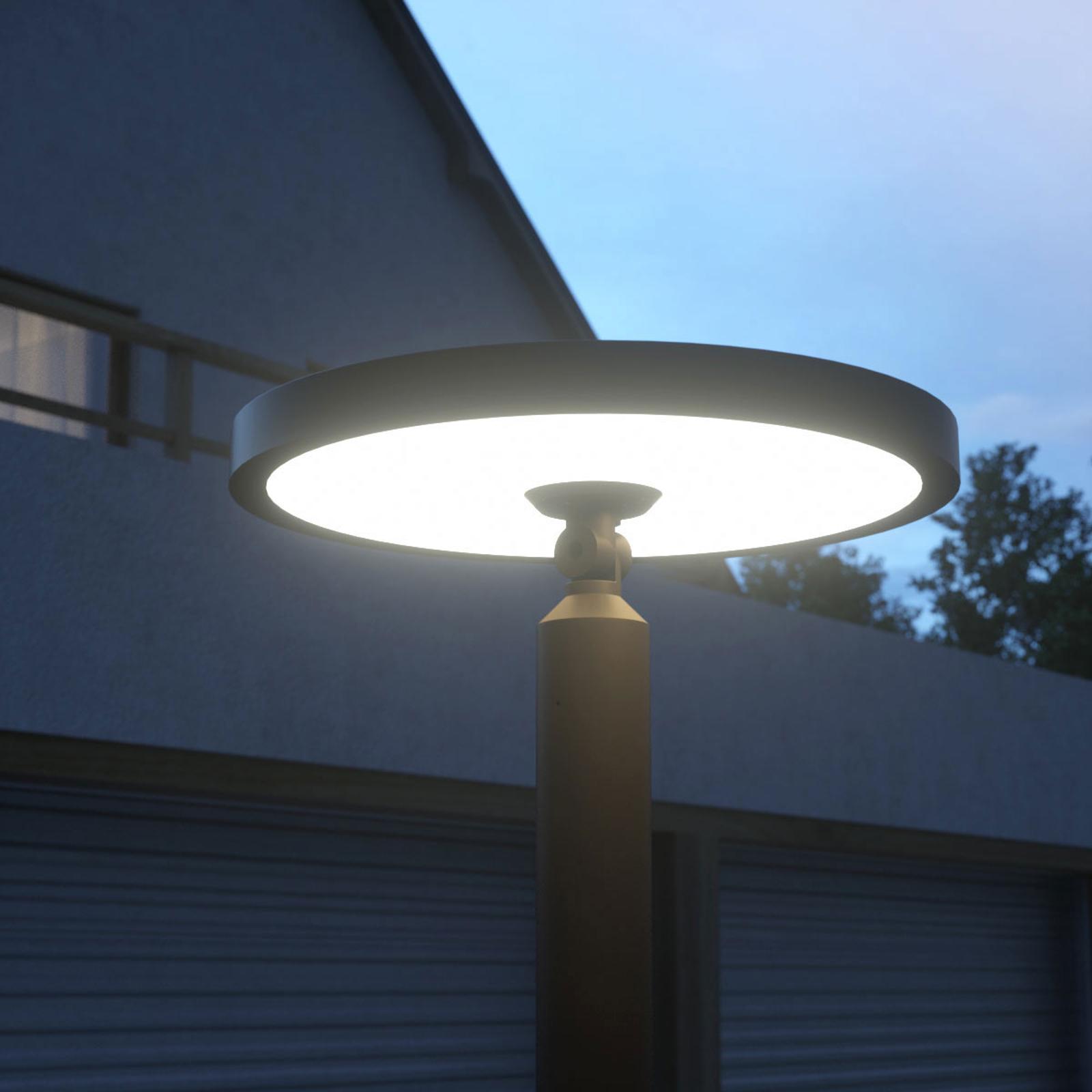Toppmodern LED-mastlampa Akito