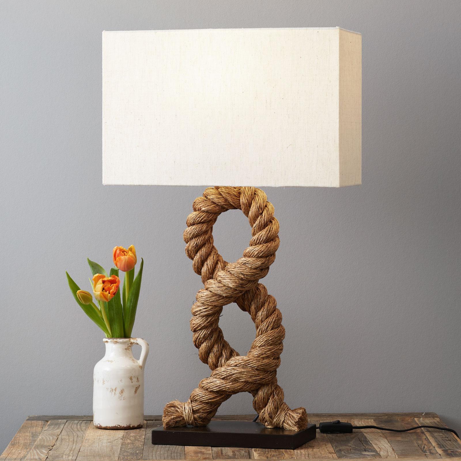 Unieke tafellamp VICTORIA, hoekige kap