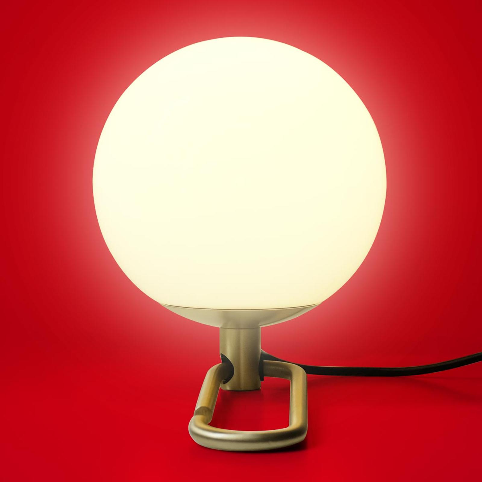 Lámpara de mesa LED nh1217de gran versatilidad