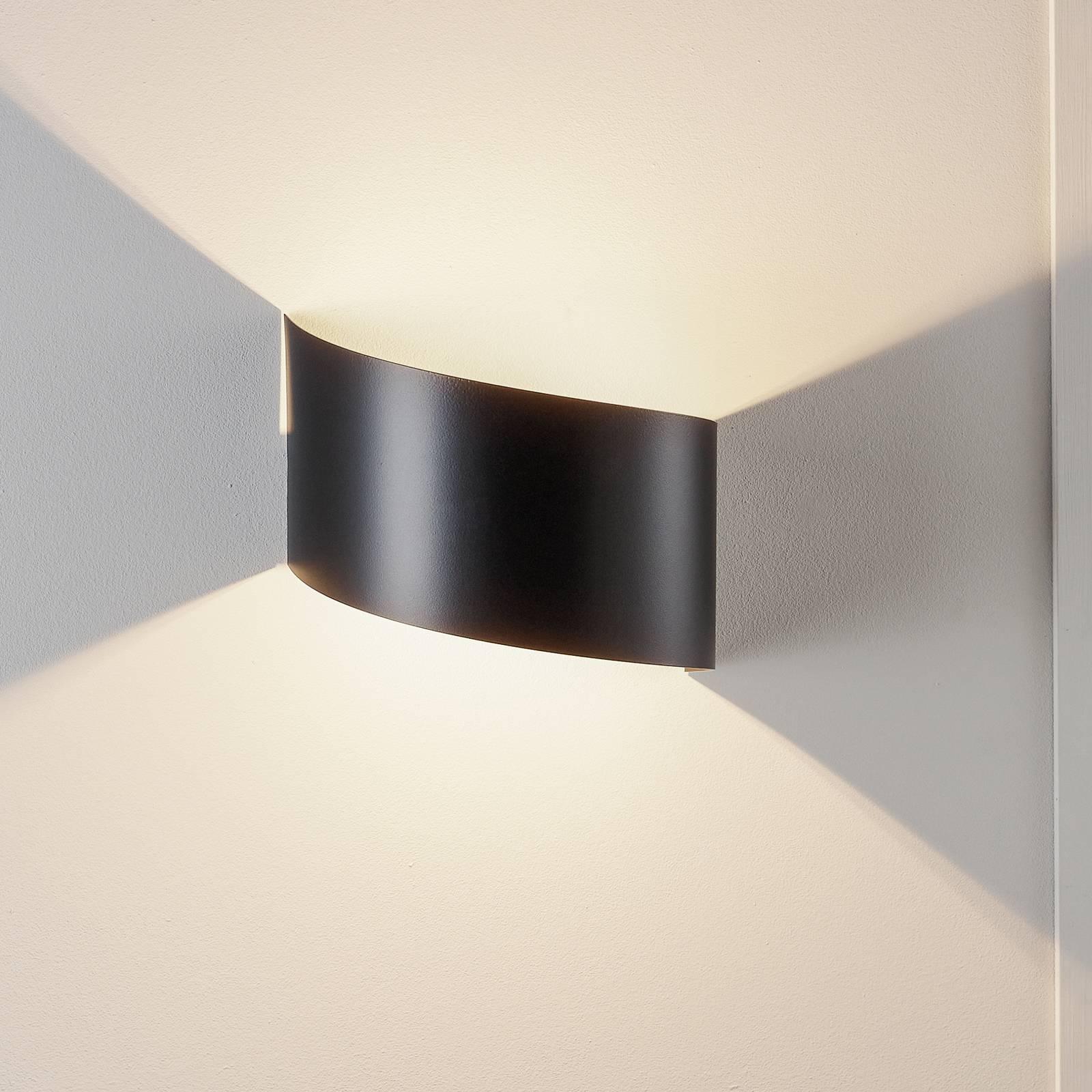 wandlamp Vero van gelakt staal, zwart