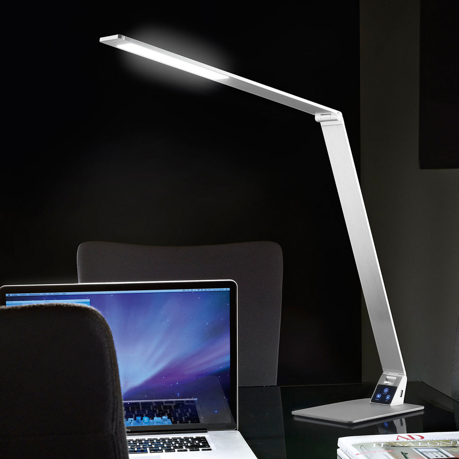 Flat LED-skrivebordslampe Wasp i aluminium