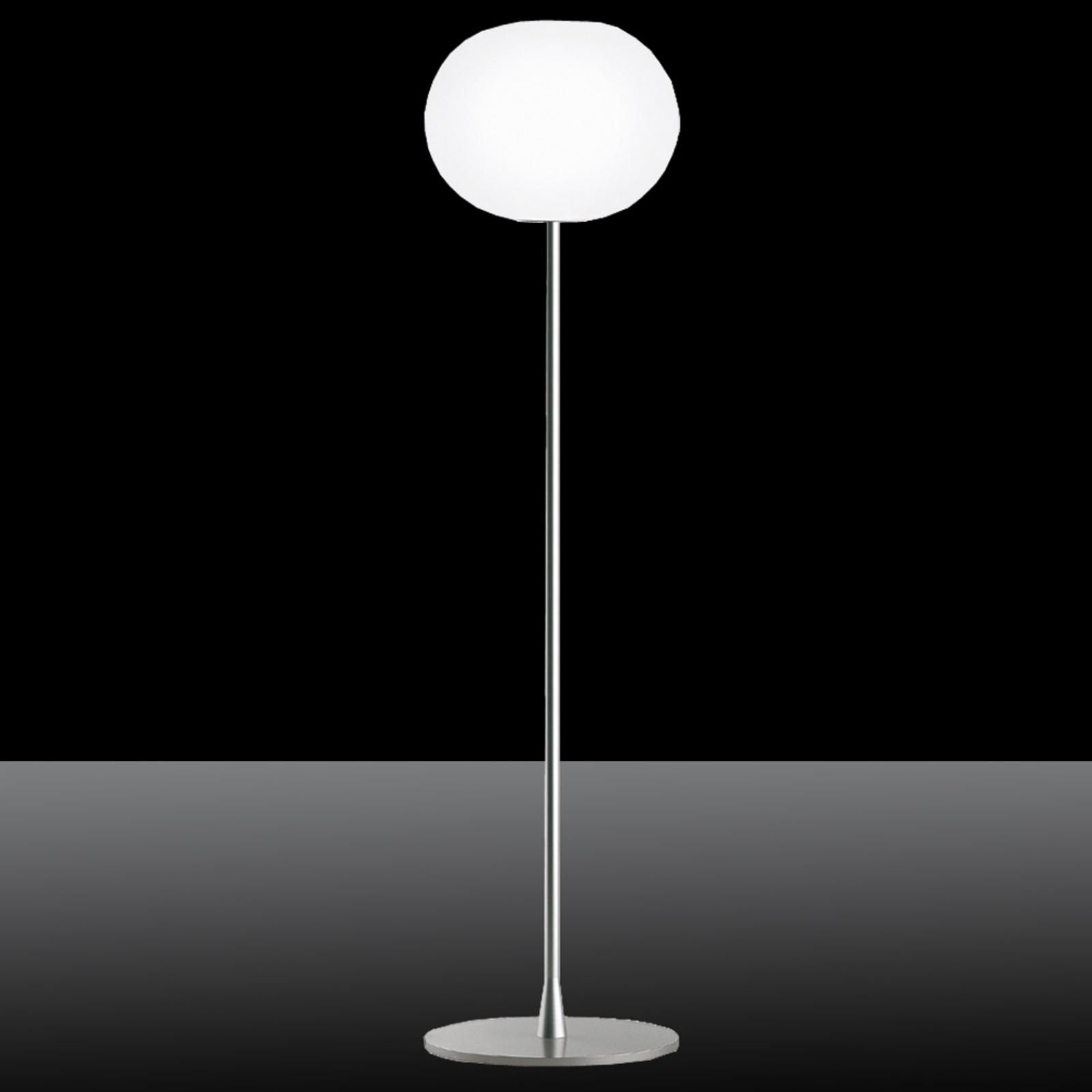 FLOS Glo-Ball F1 - diskrétní stojací lampa