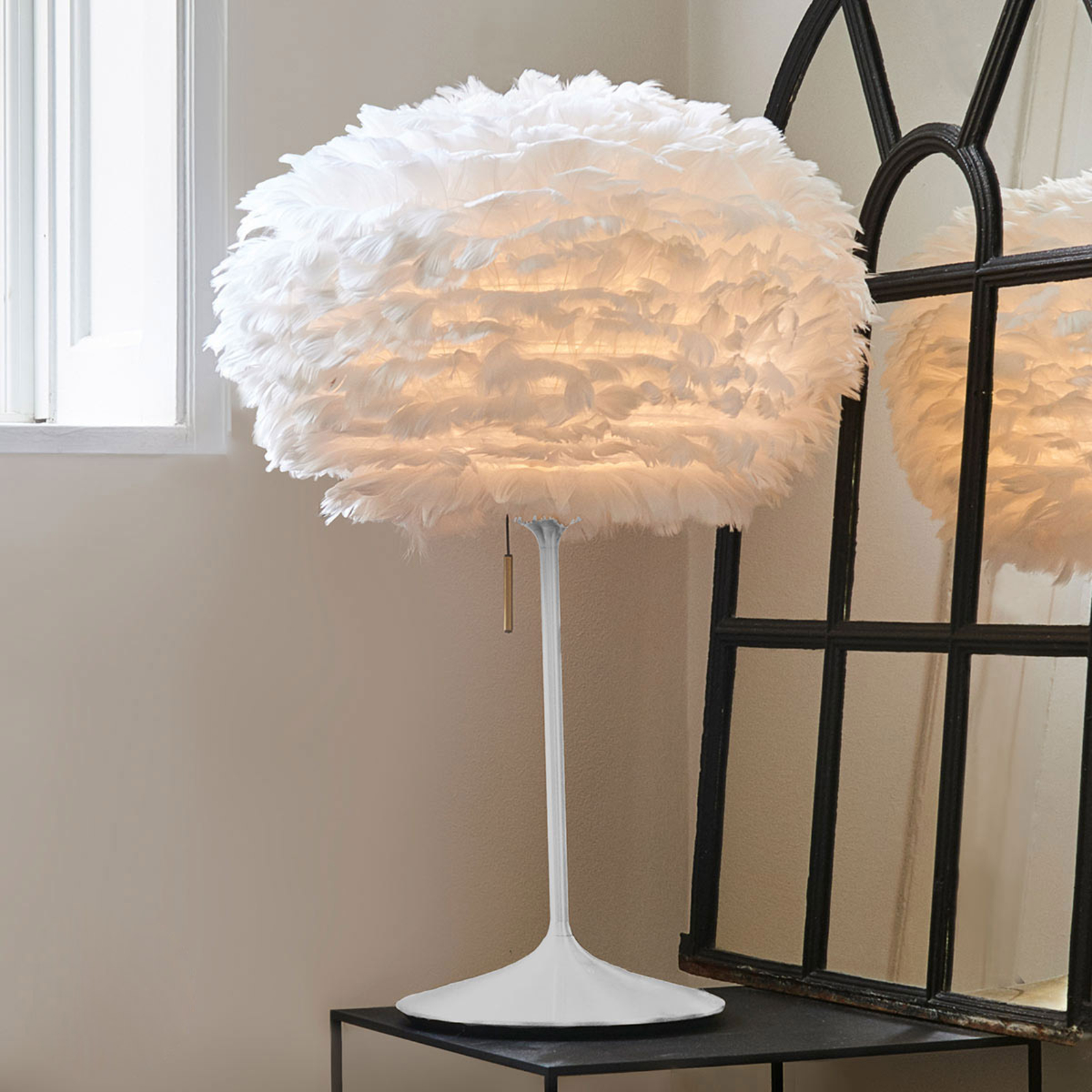 UMAGE Eos medium lampe à poser Champagne blanc