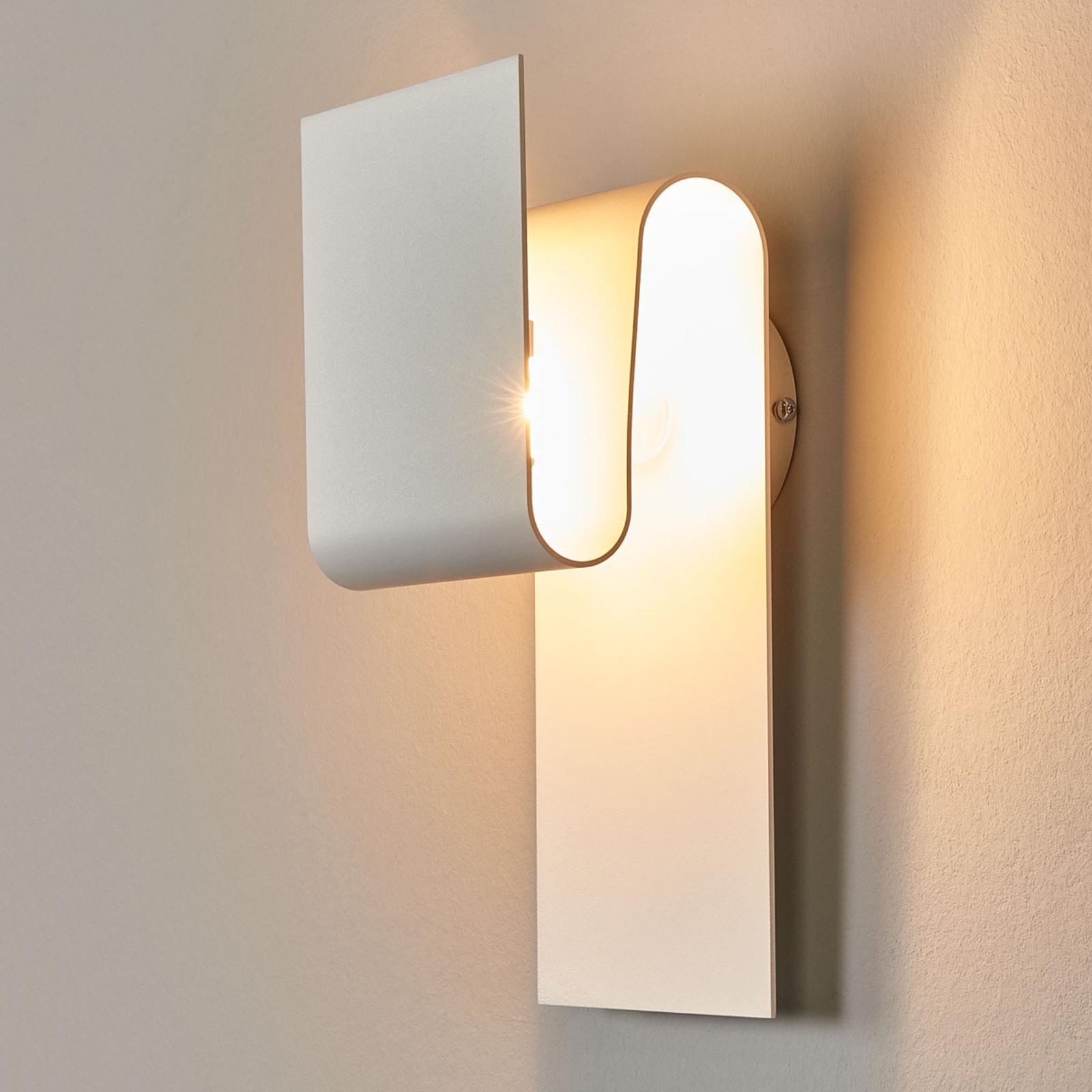 Inspirująca lampa ścienna Fold, matowa biel