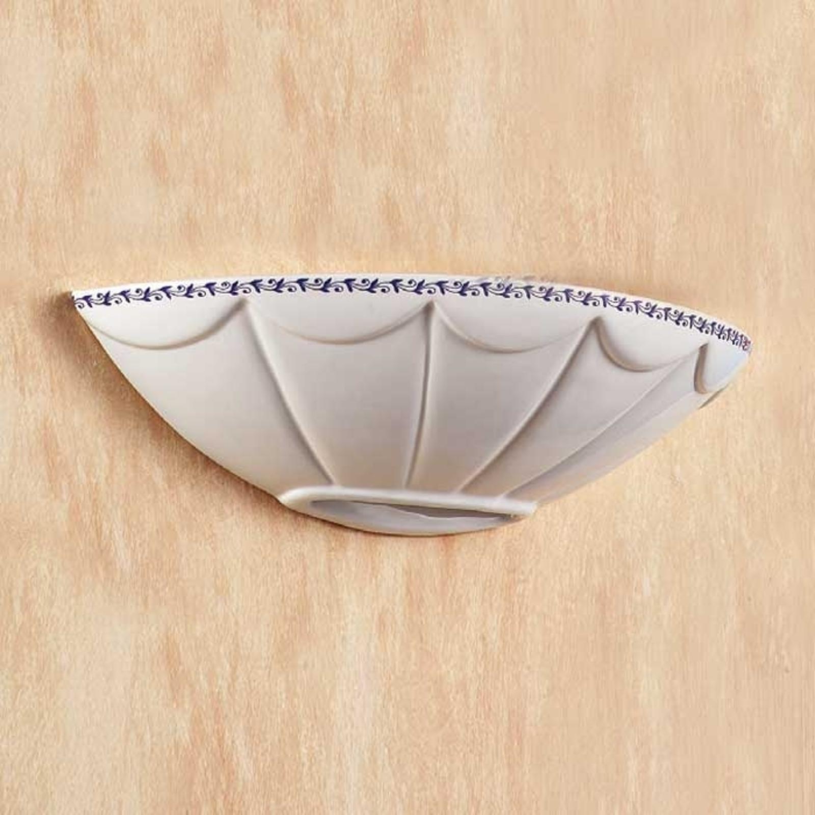 Vägglampa Il Punti med halvbrunt keramiskt skal