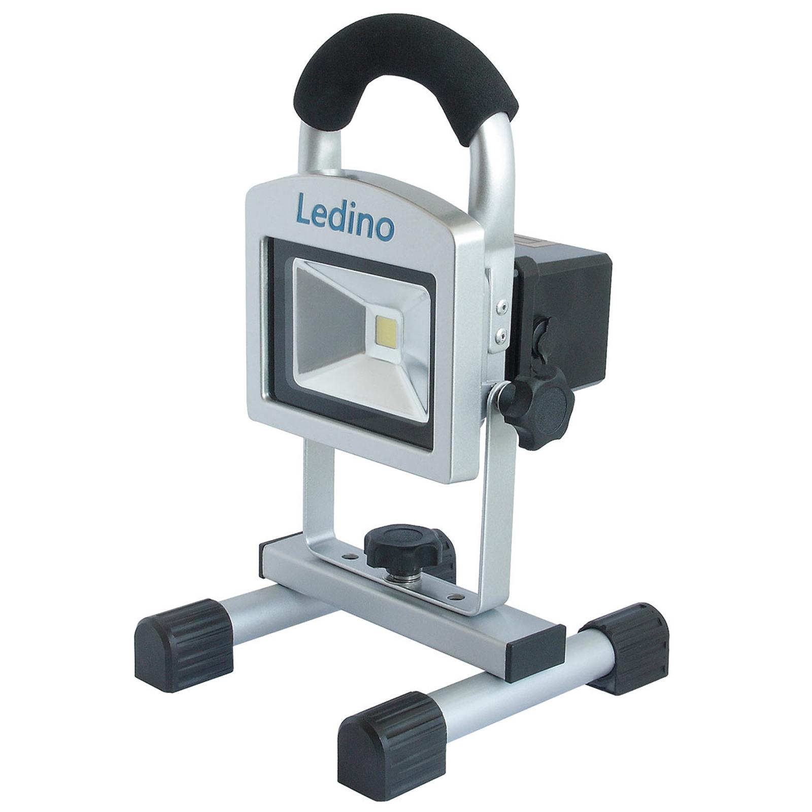 LED-Baustrahler Köpenick 102 Magnetfüße 2,2 Ah 10W