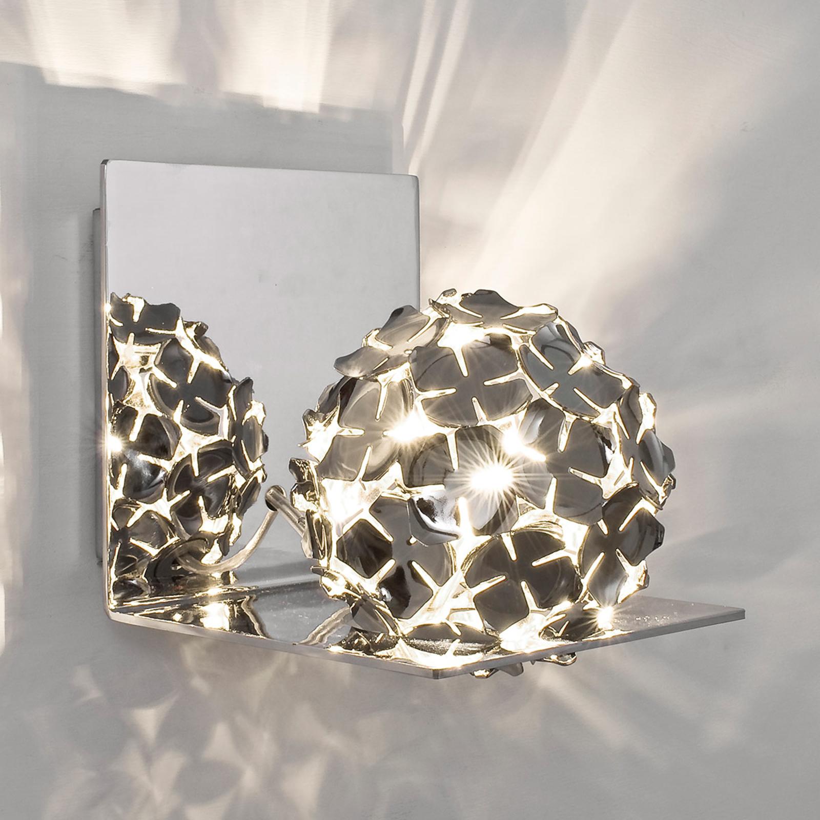 Vegglampe Ortenzia med blomsterdekor