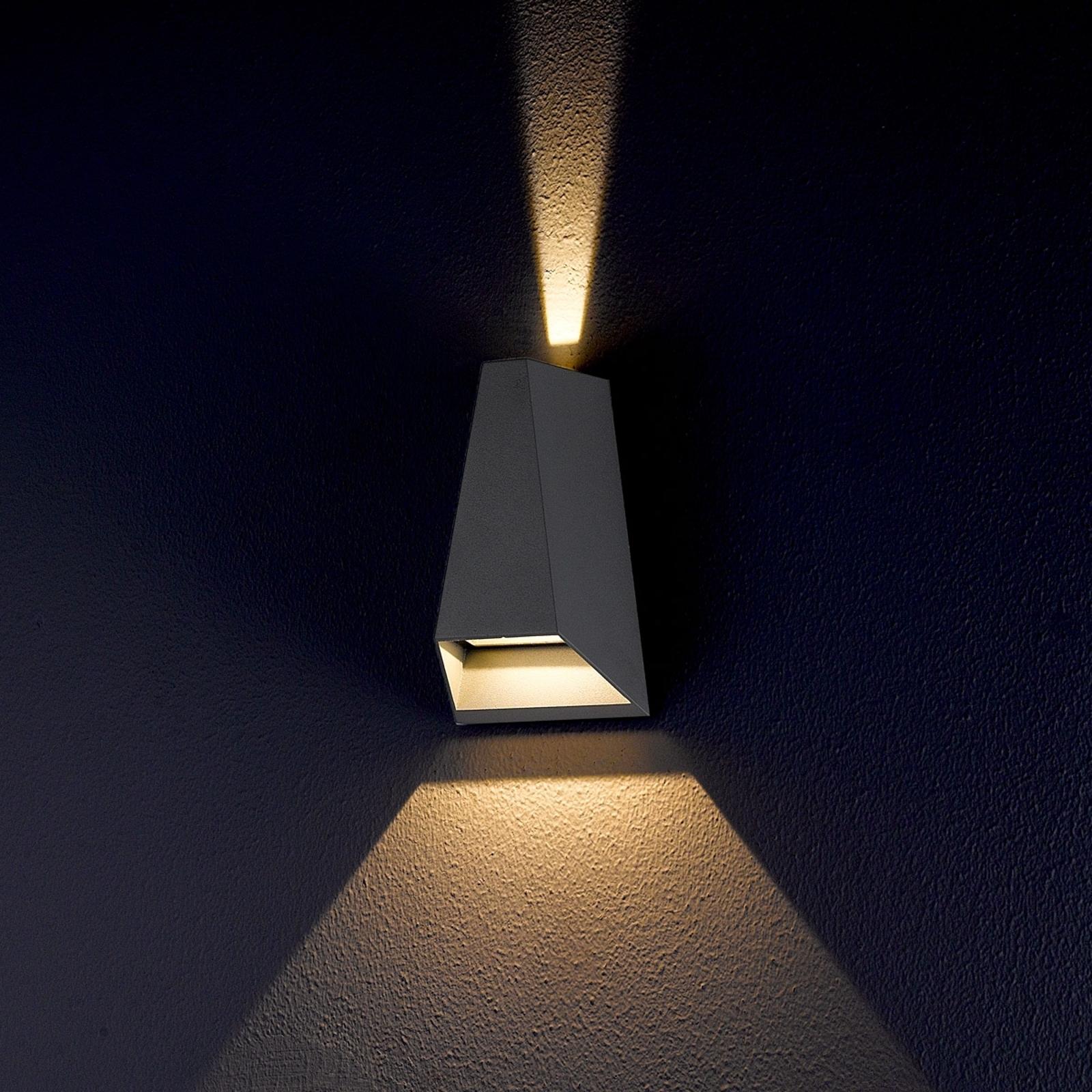 Zweifach strahlende LED-Außenwandleuchte Jendrik