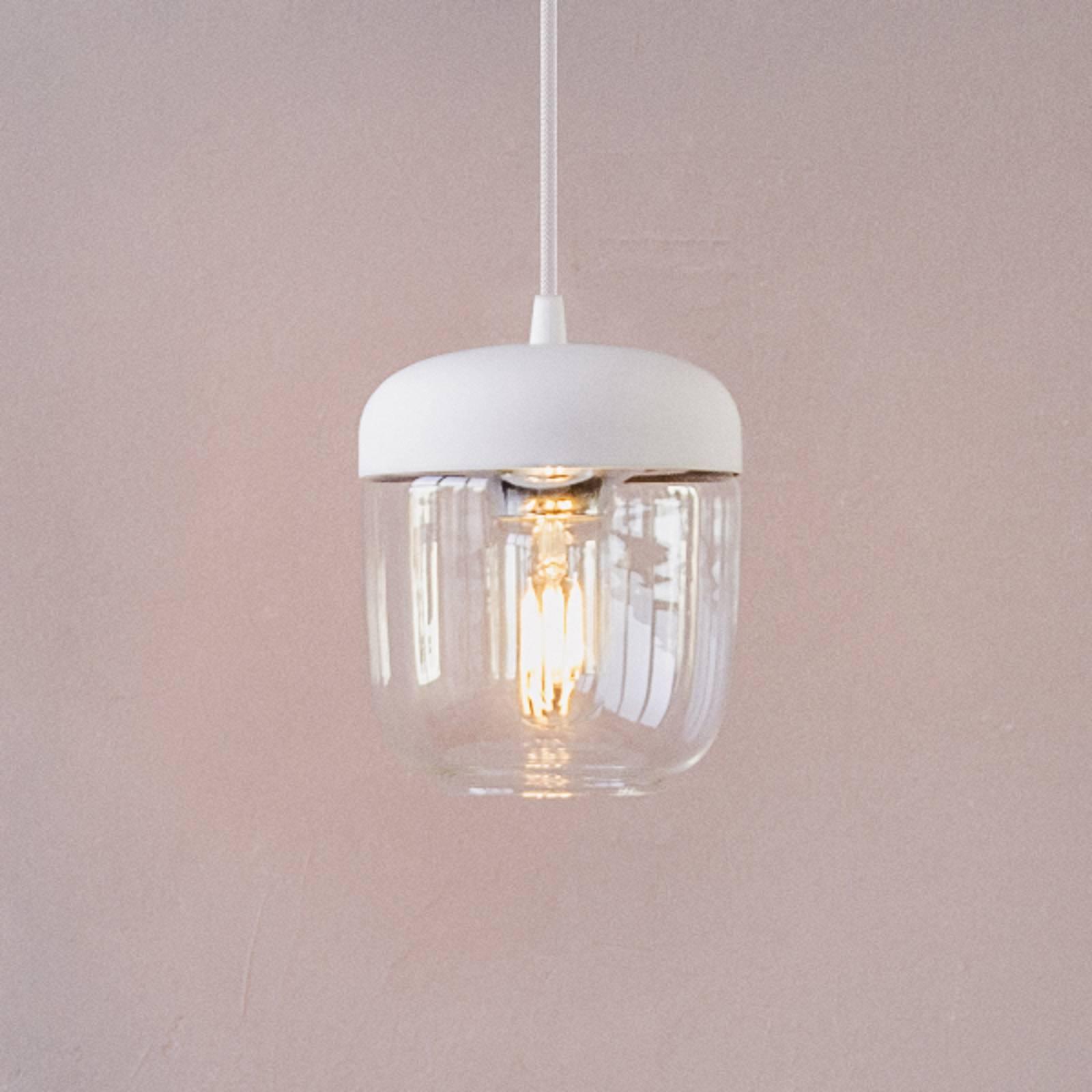 Designerska lampa wisząca Acorn, biała i mosiężna