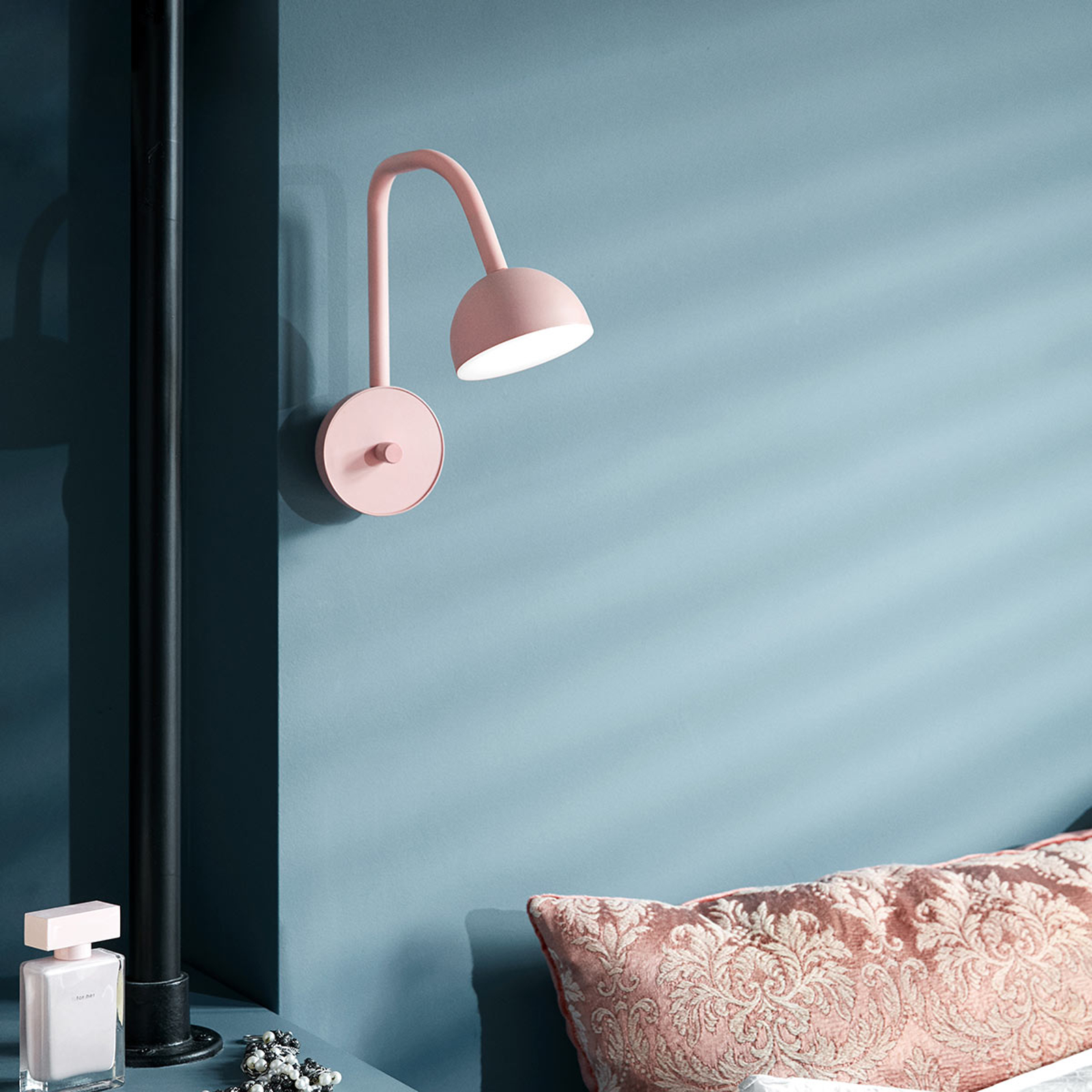 Northern Blush - rosatonet LED-vegglampe