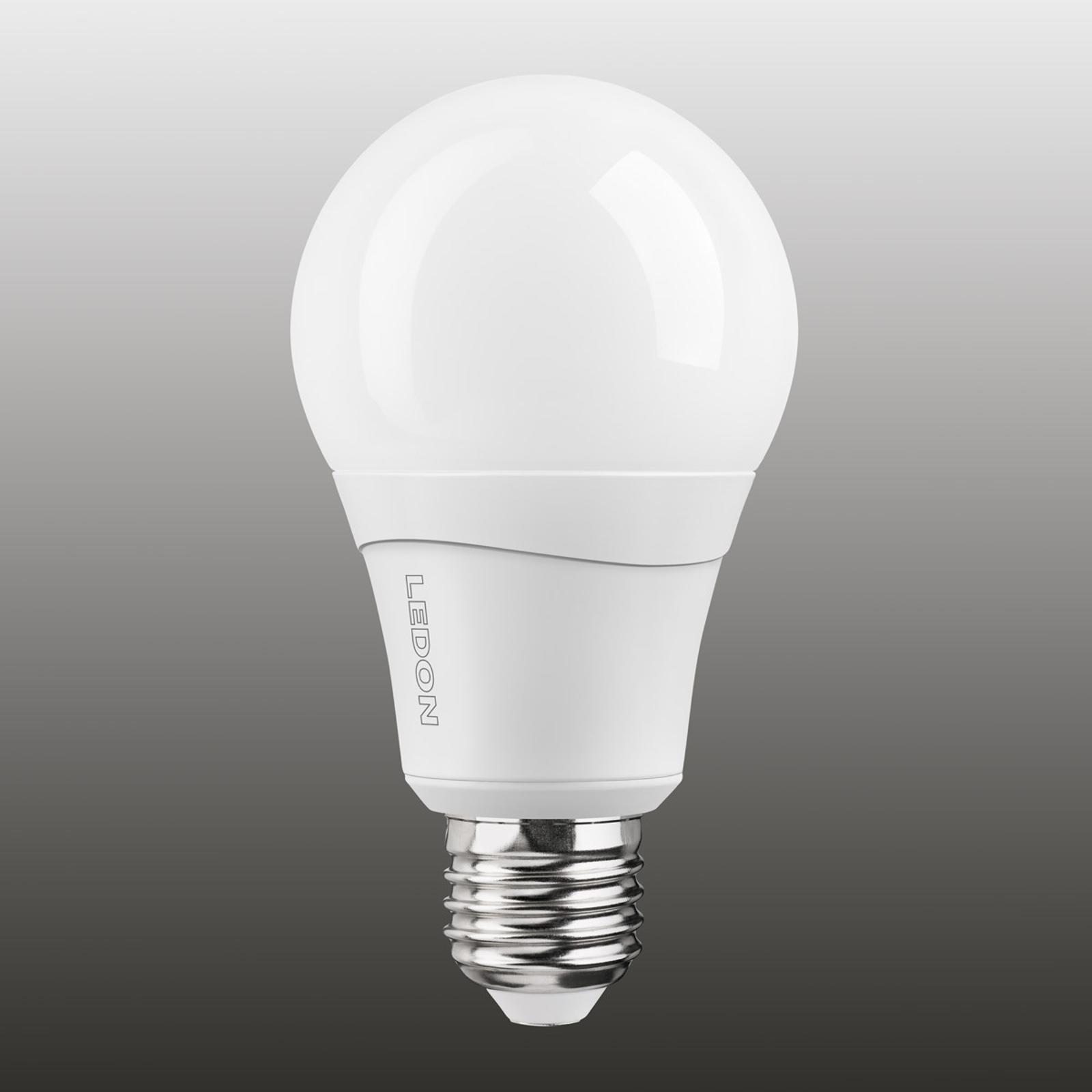 E27 10W LED-Lampe dual color relax (820/827)