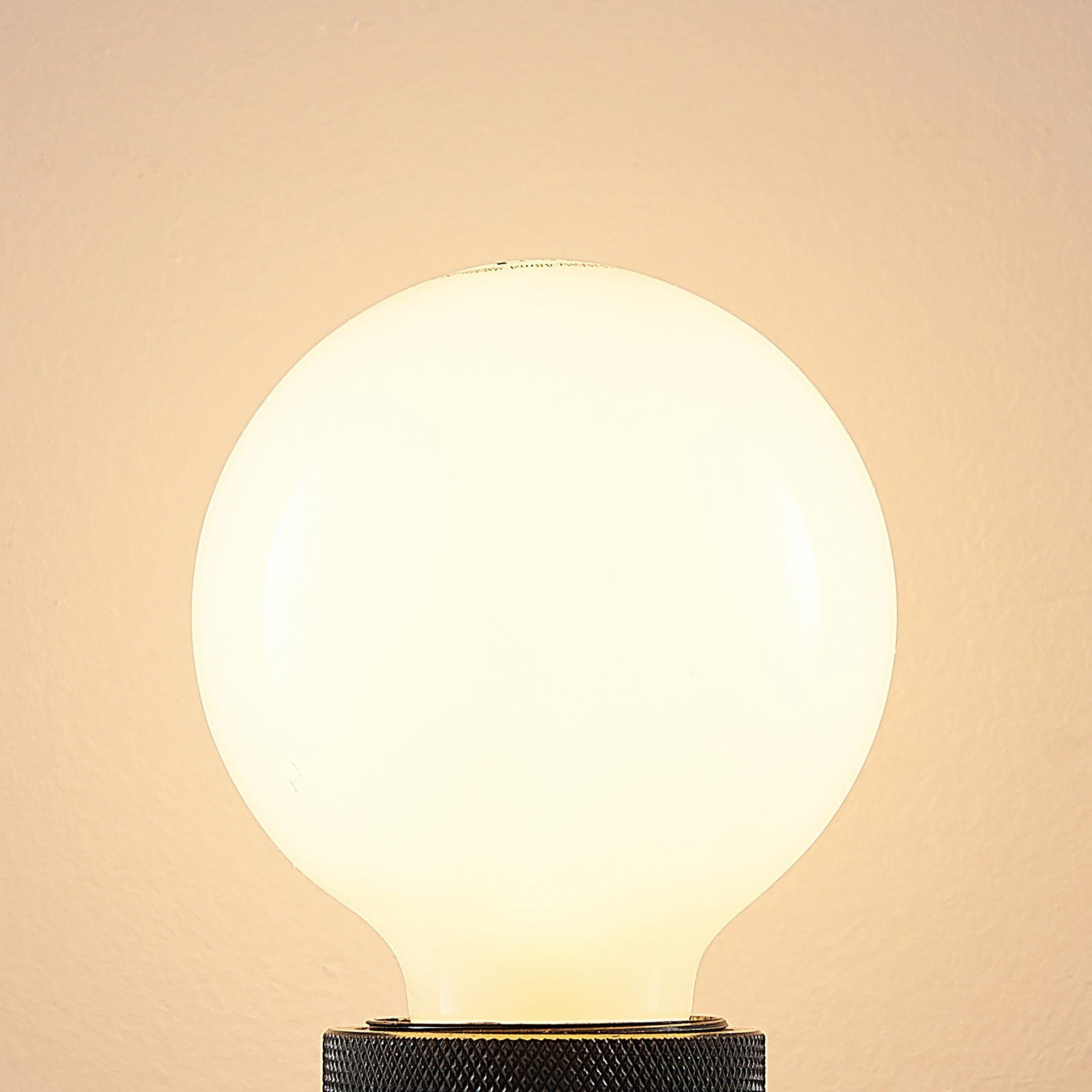 LED-Lampe E27 8W G80 2.700K dimmbar, opal
