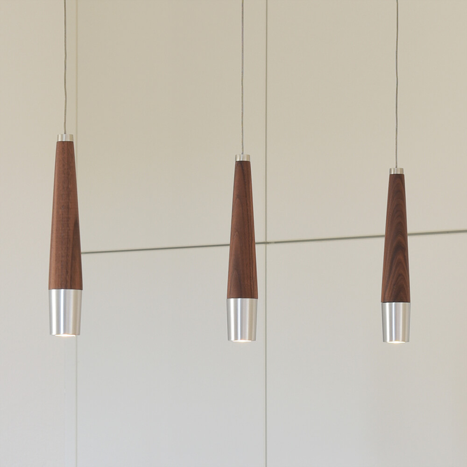 HerzBlut Conico LED-hængelampe nød, 3 lyskilder
