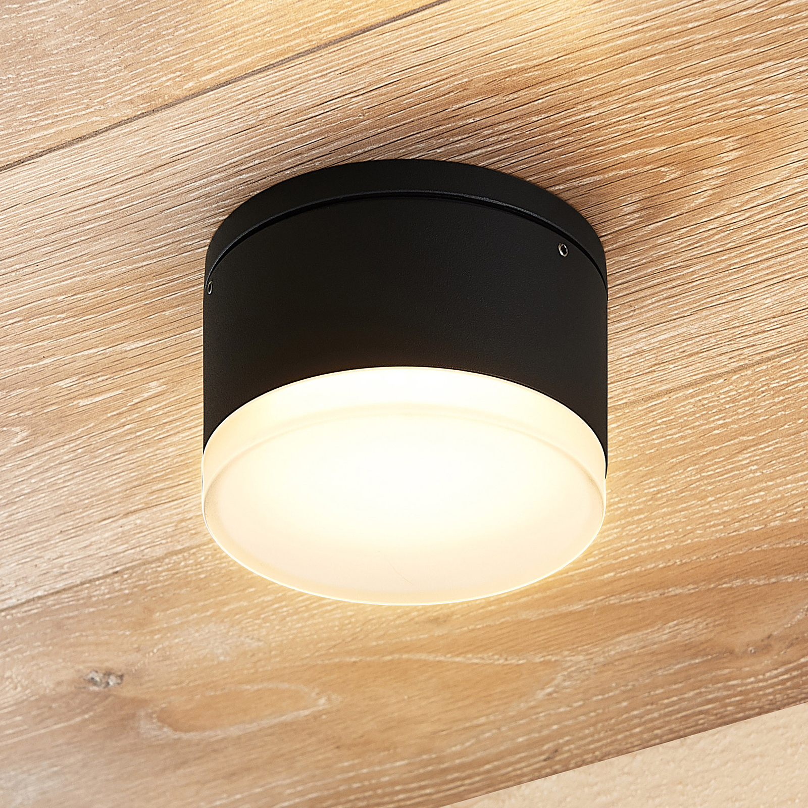 Lindby Mathea LED-Außen-Deckenleuchte, Zylinder