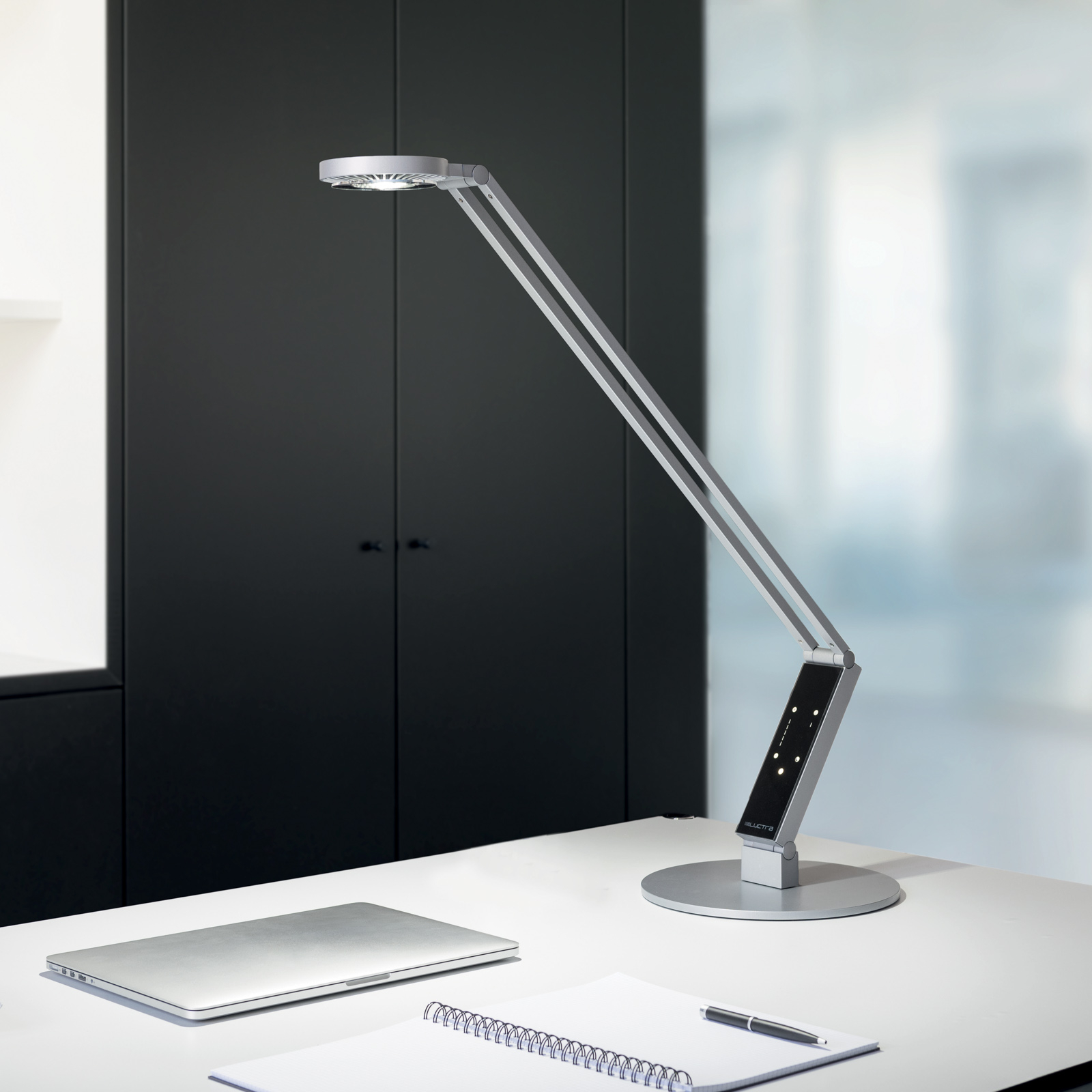 Luctra lampe à poser LED TableProRadial pied alu