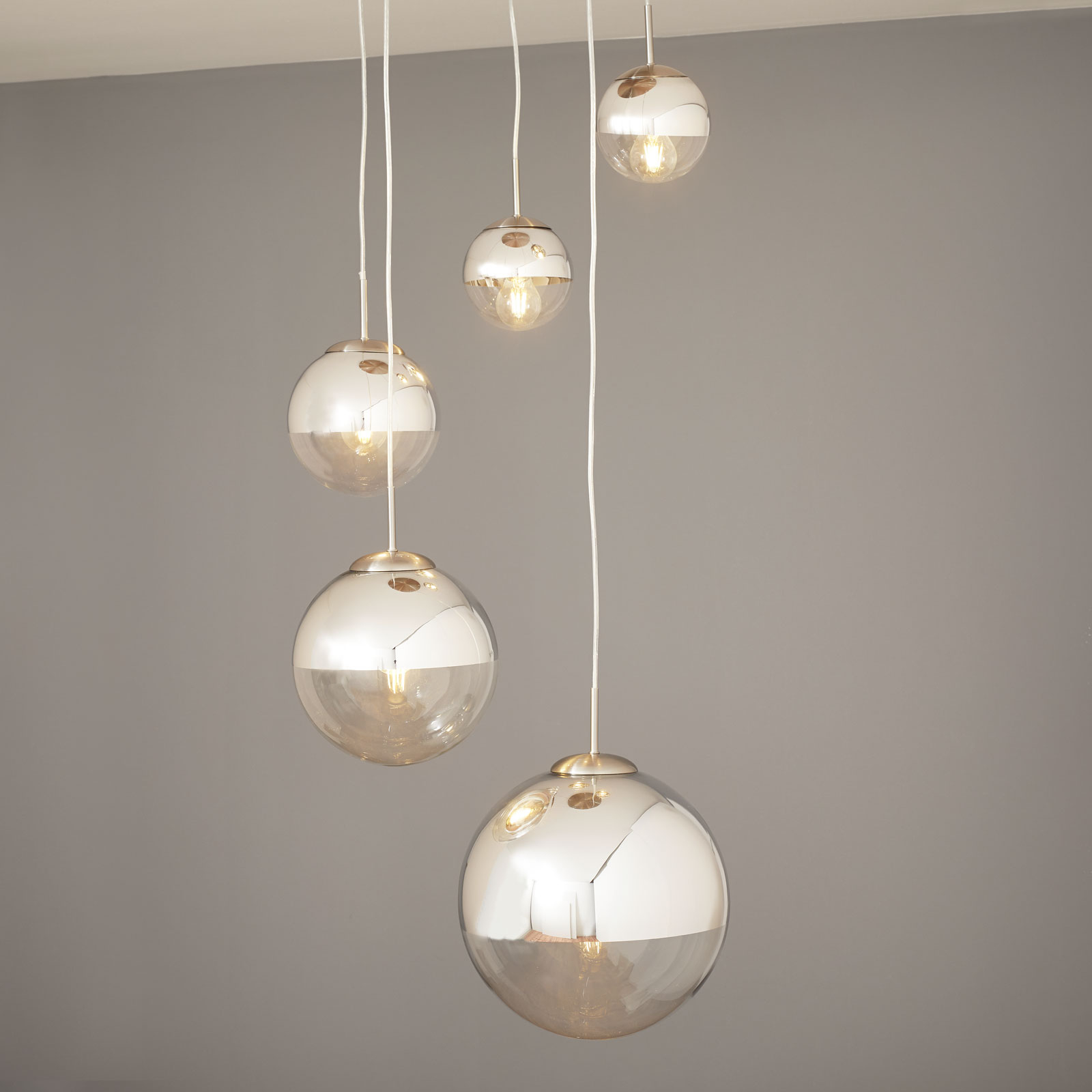 Suspension Ravena à sphères en verre, à 5 lampes