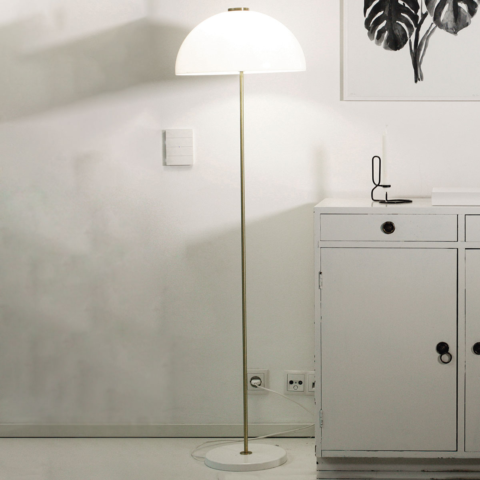 Innolux Kupoli lampadaire pied blanc