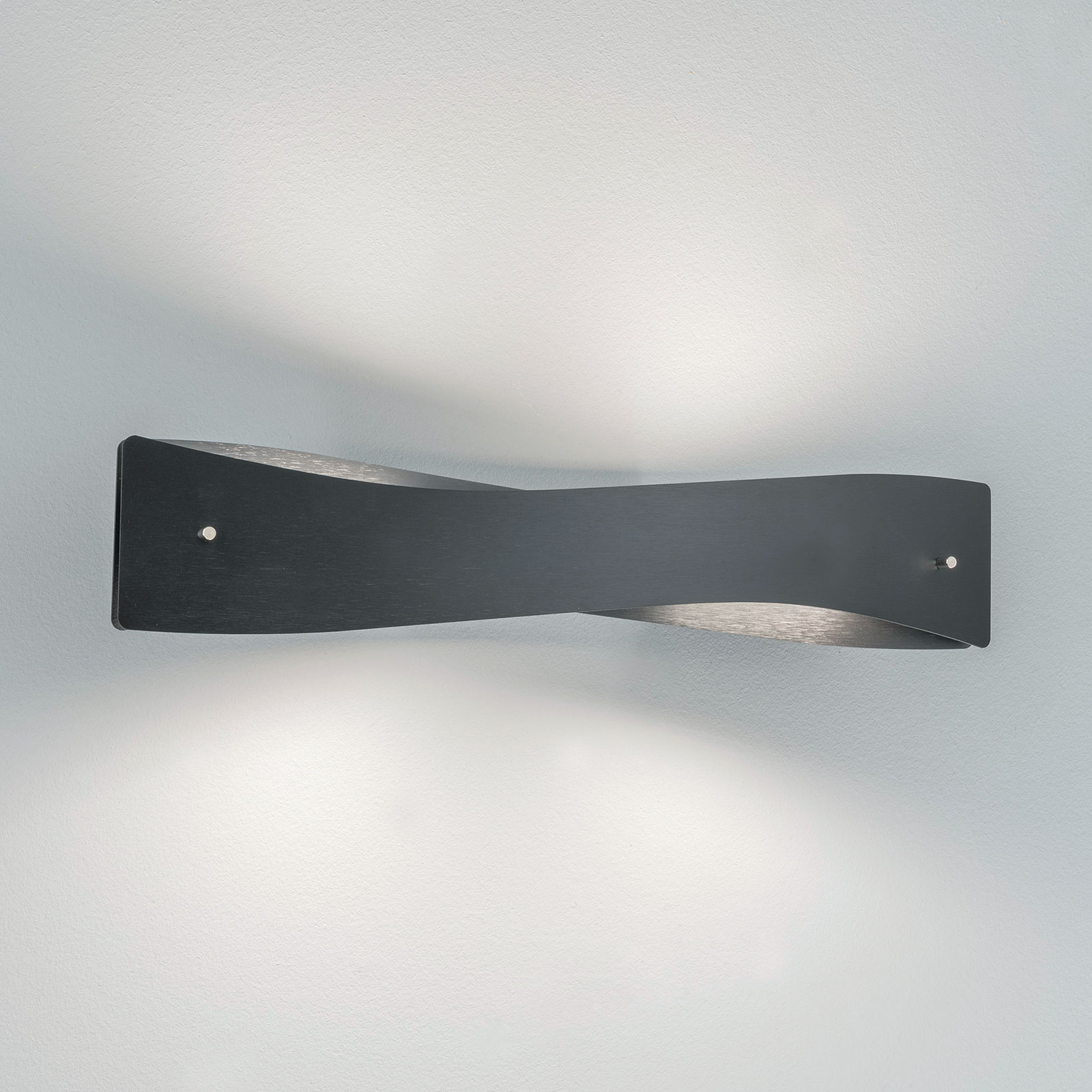 Lucande Lian kinkiet LED, czarny, aluminium
