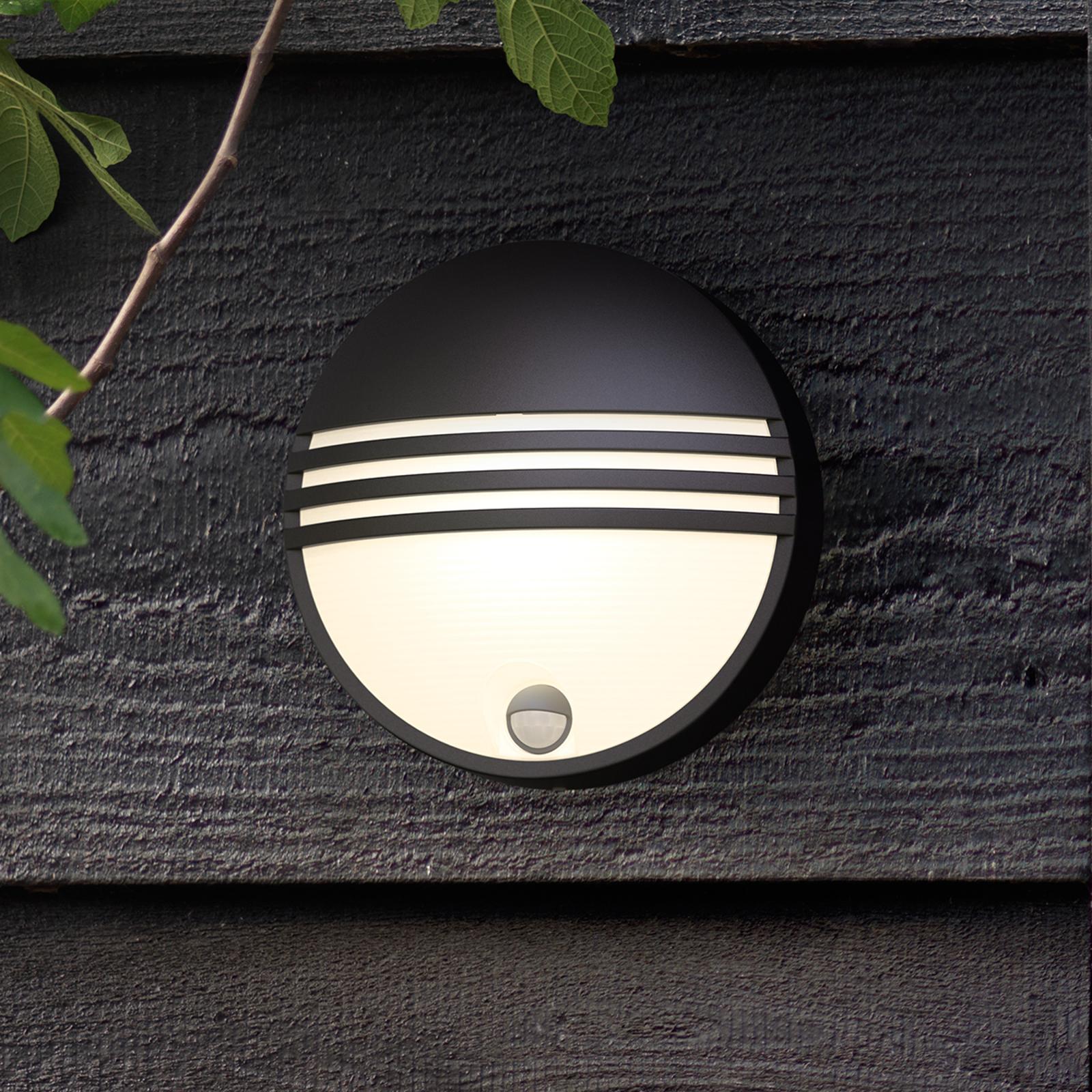 Philips Yarrow LED outdoor wall light with sensor_7531793_1