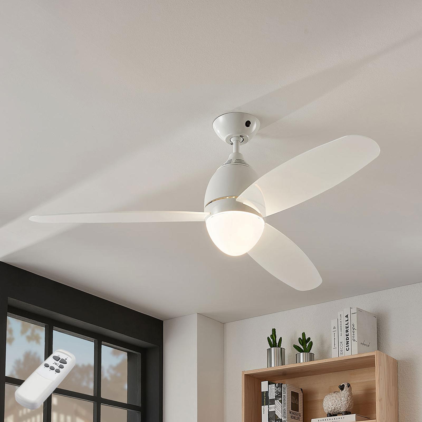 Stropní ventilátor Piara, osvětlený, bílý lesk