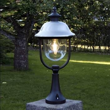 Sloupkové svítidlo Parma, stínítko z nerez oceli
