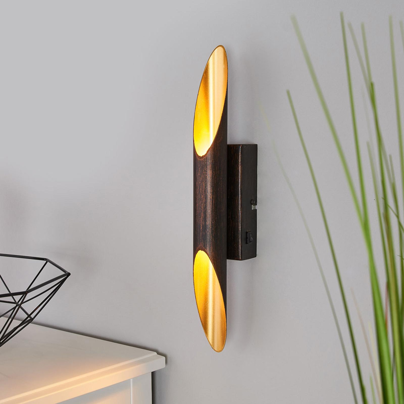 Roestkleurige LED wandlamp Bolero, binnenin goud