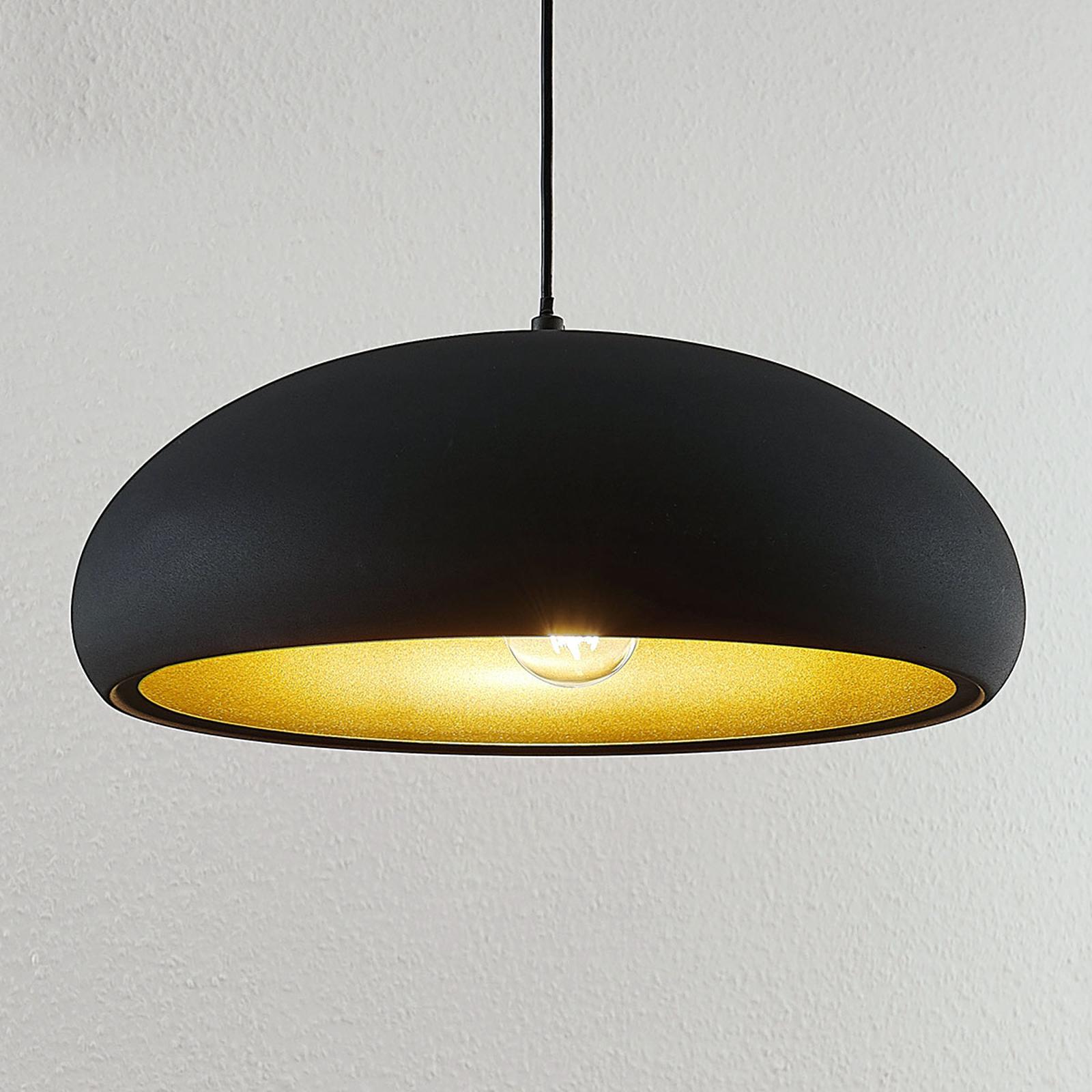 Kovové závěsné světlo Gerwina, černo-zlaté