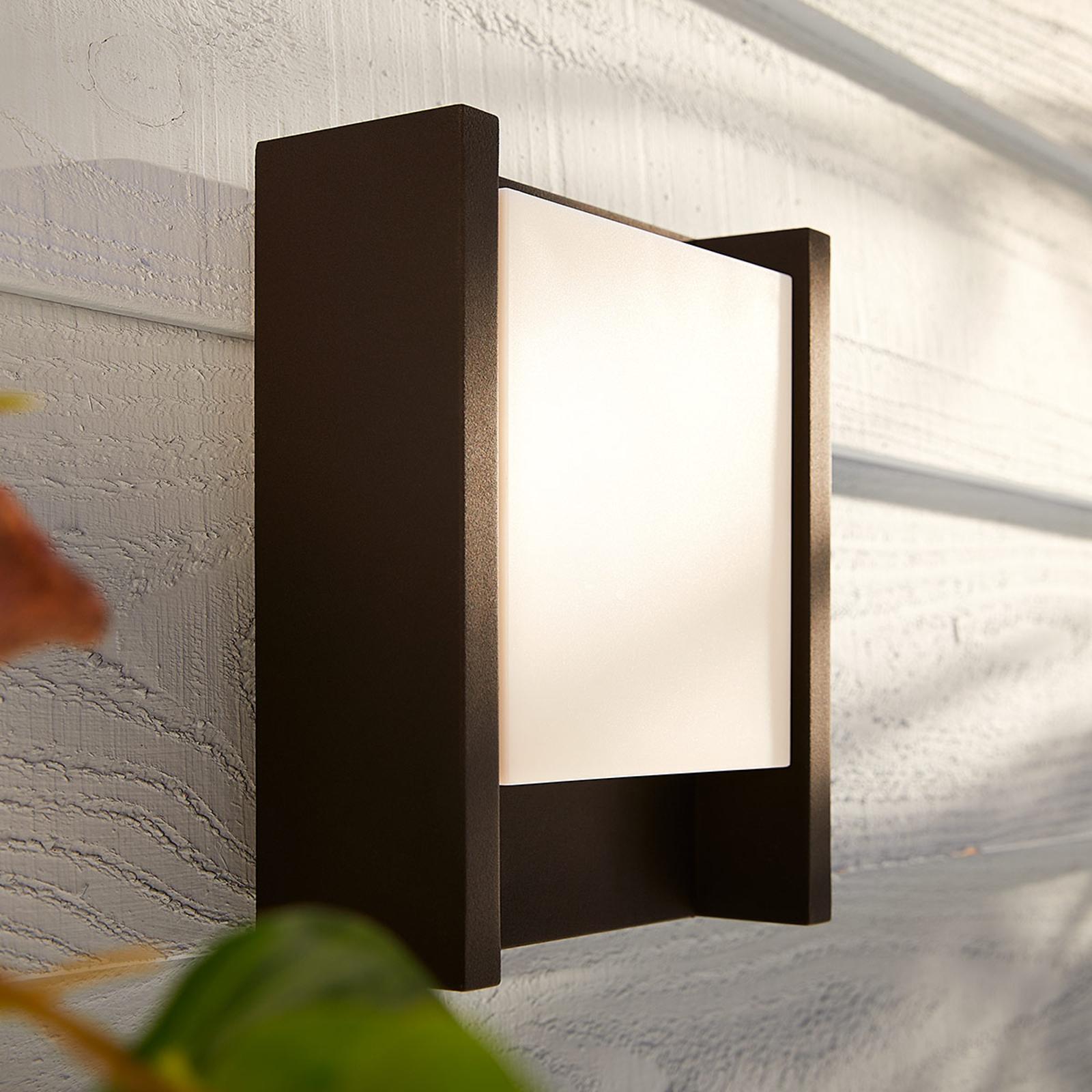 Philips Hue White Fuzo udendørsvæglampe, 22x16cm
