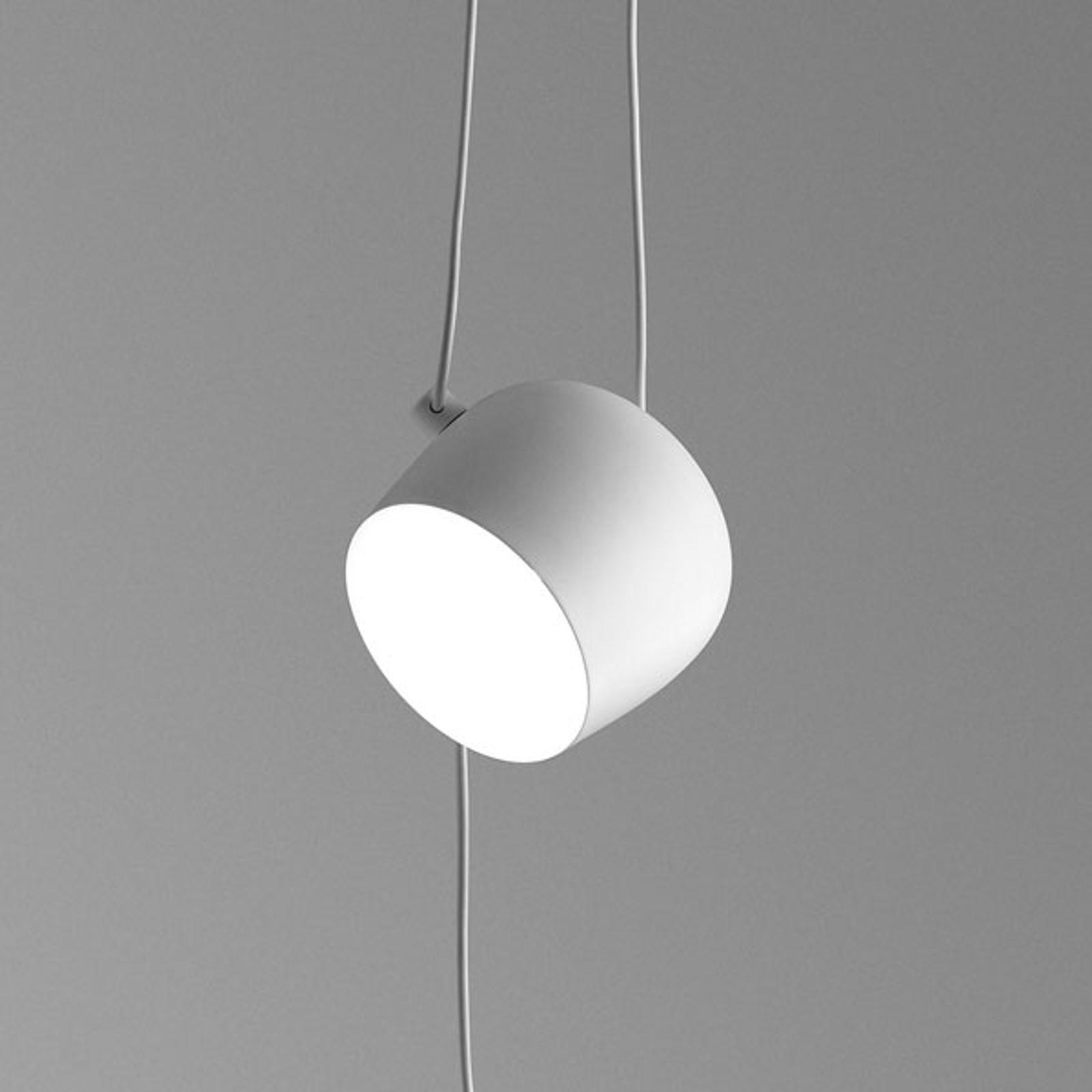 FLOS Aim Small lampa wisząca z wtyczką, biała