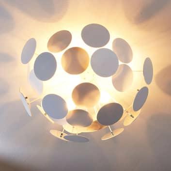 Formfulländad taklampa Kinan i vitt