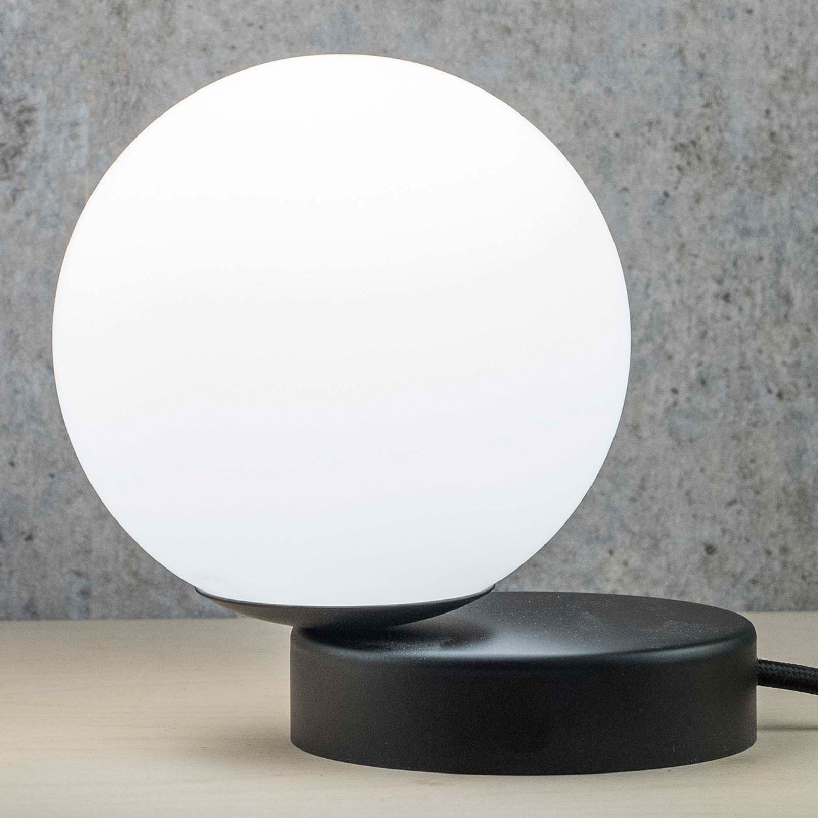 Acquista Lampada da tavolo Lumi rotonda