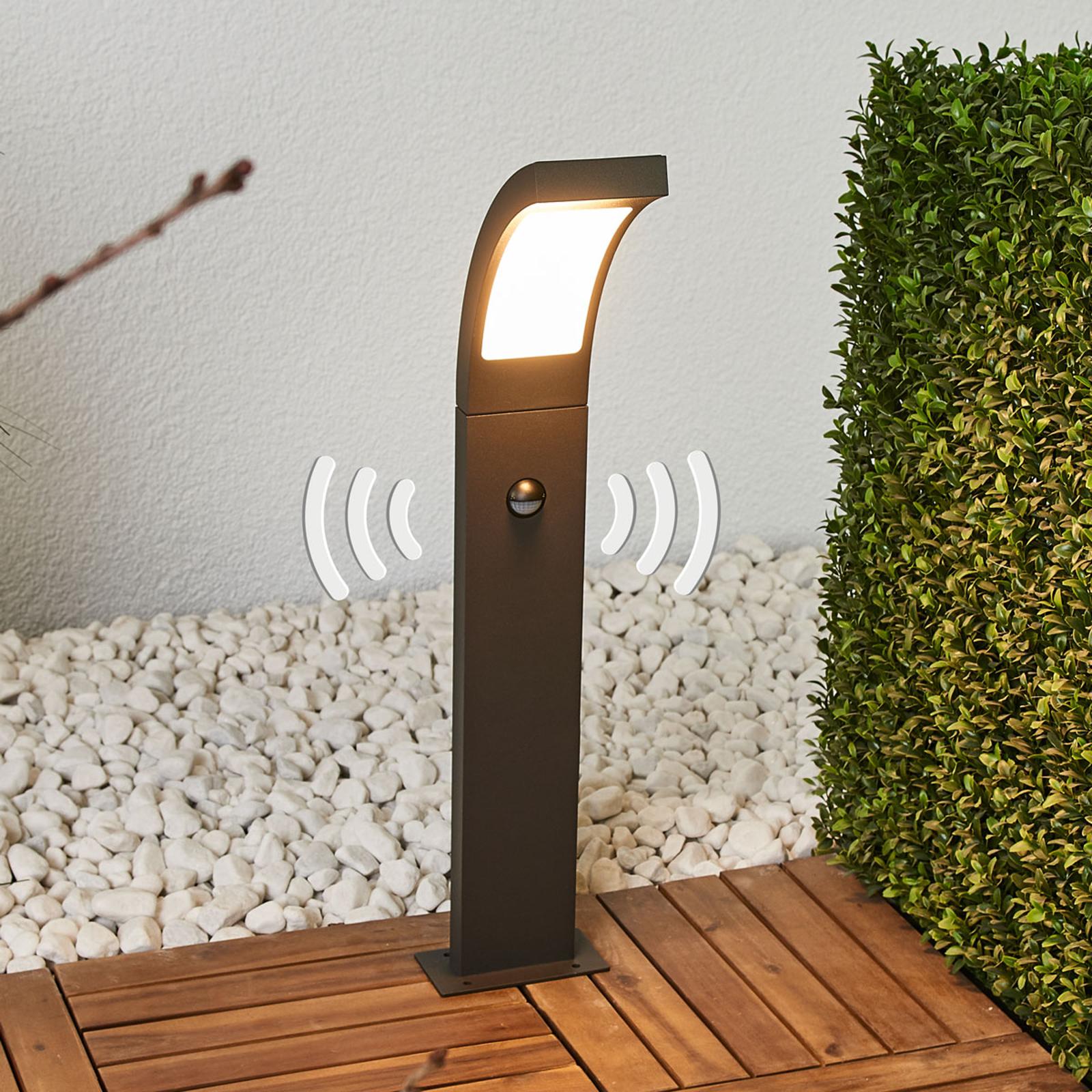 LED-väglampa Juvia, rörelsedetektor