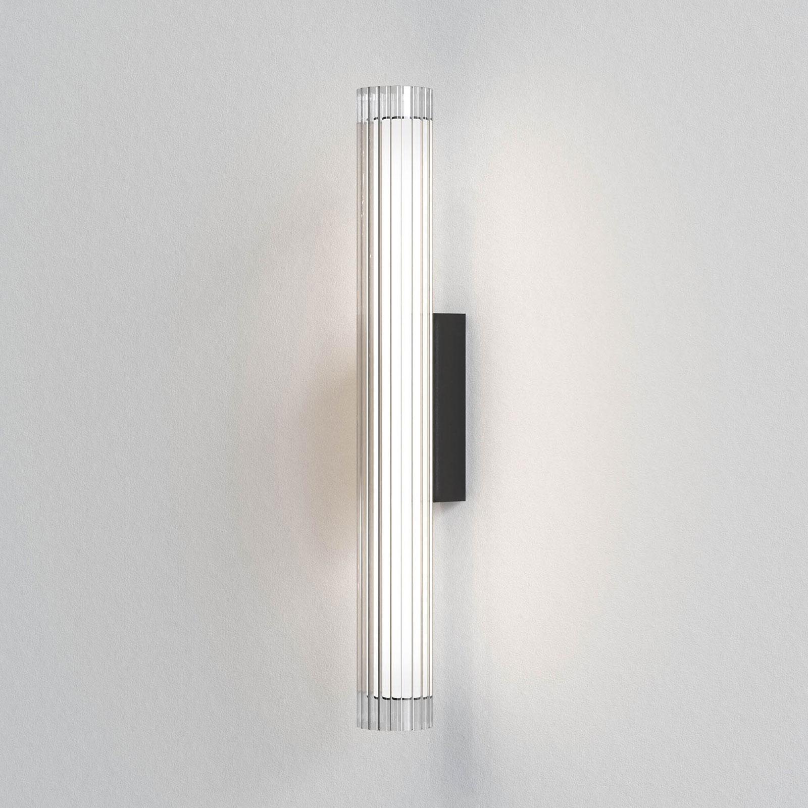 Astro io Wall applique LED IP44 noire, 66,5cm
