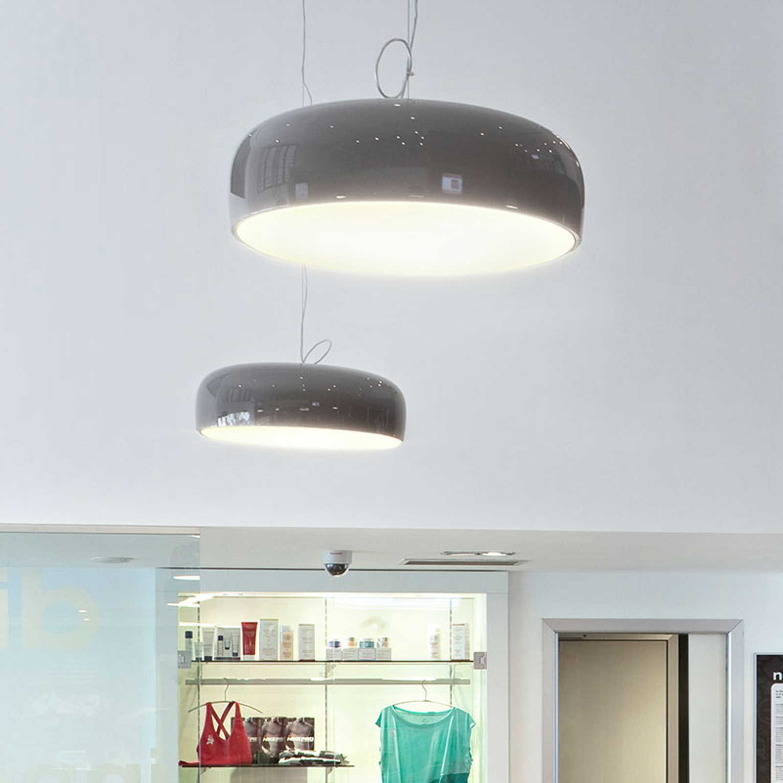 FLOS Smithfield S LED-Hängeleuchte, mud
